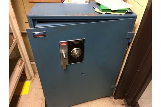 Diebold Fire Data Safe, Model R-5425, S/N A580738 (NOTE