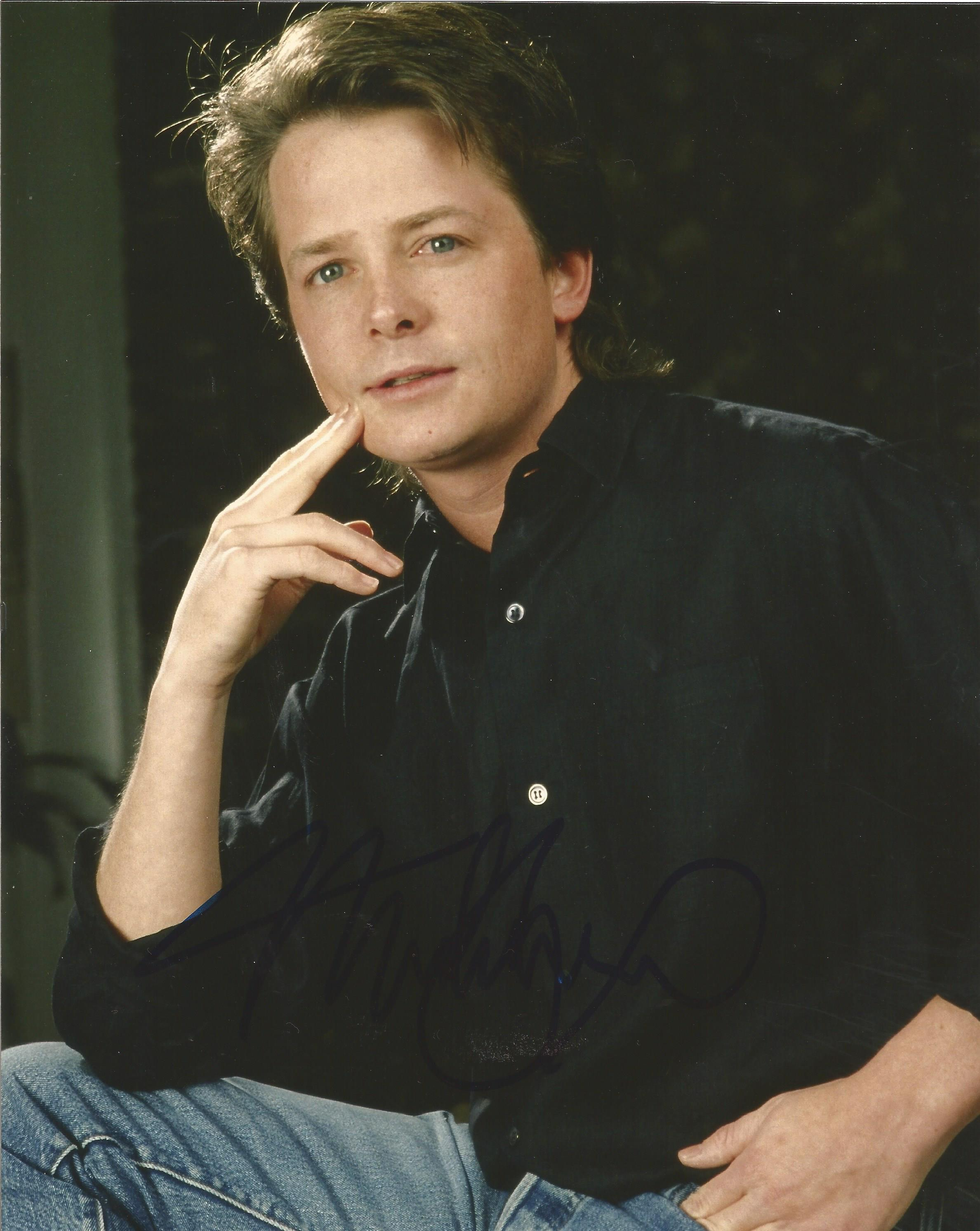 Lot 32 - Michael J Fox signed 10 x 8 colour Photoshoot Portrait Photo, from in person collection. Good