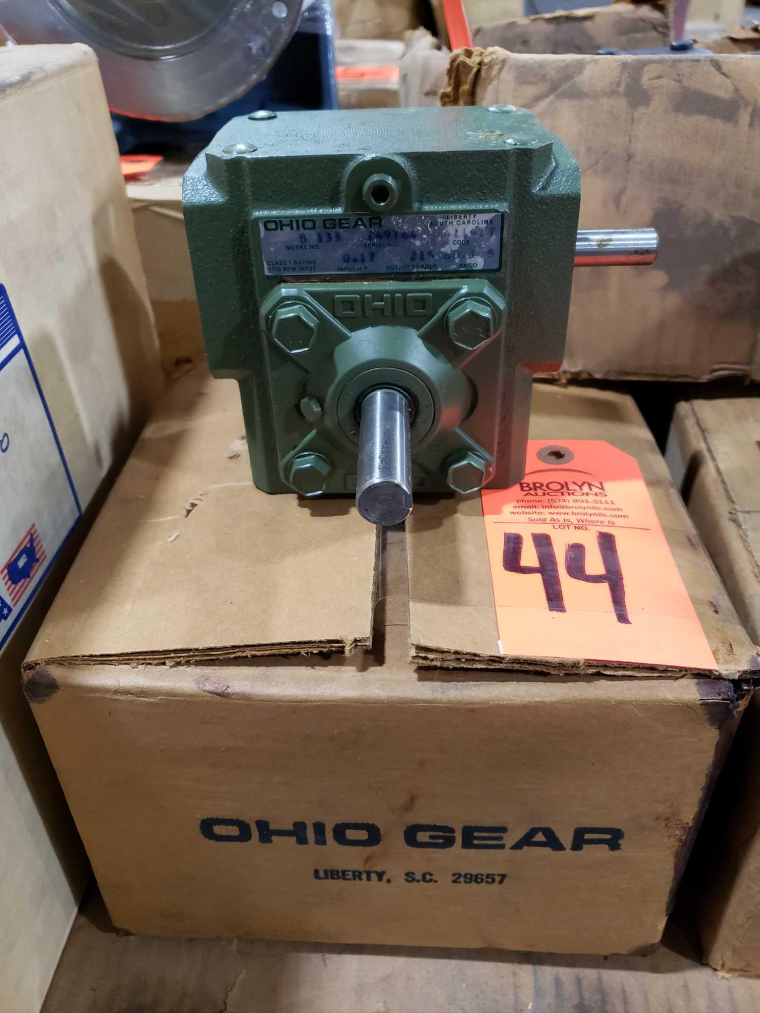 Lot 44 - Ohio Gear model B-133 gearbox. 60.1 B ratio. New in box.