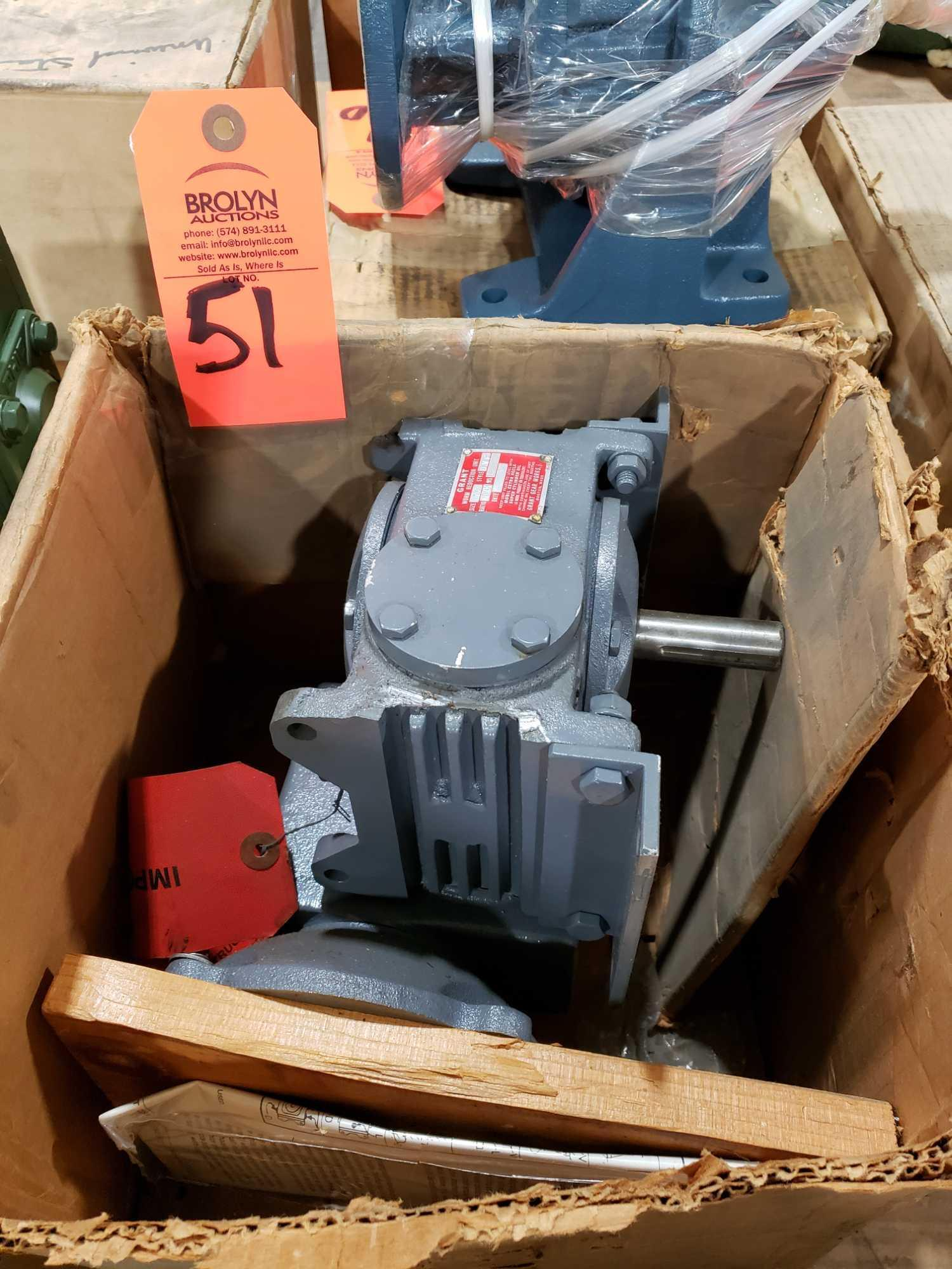 Lot 51 - Grant worm reduction unit gear box size 175, style DVF, ratio 18 00. New in box.