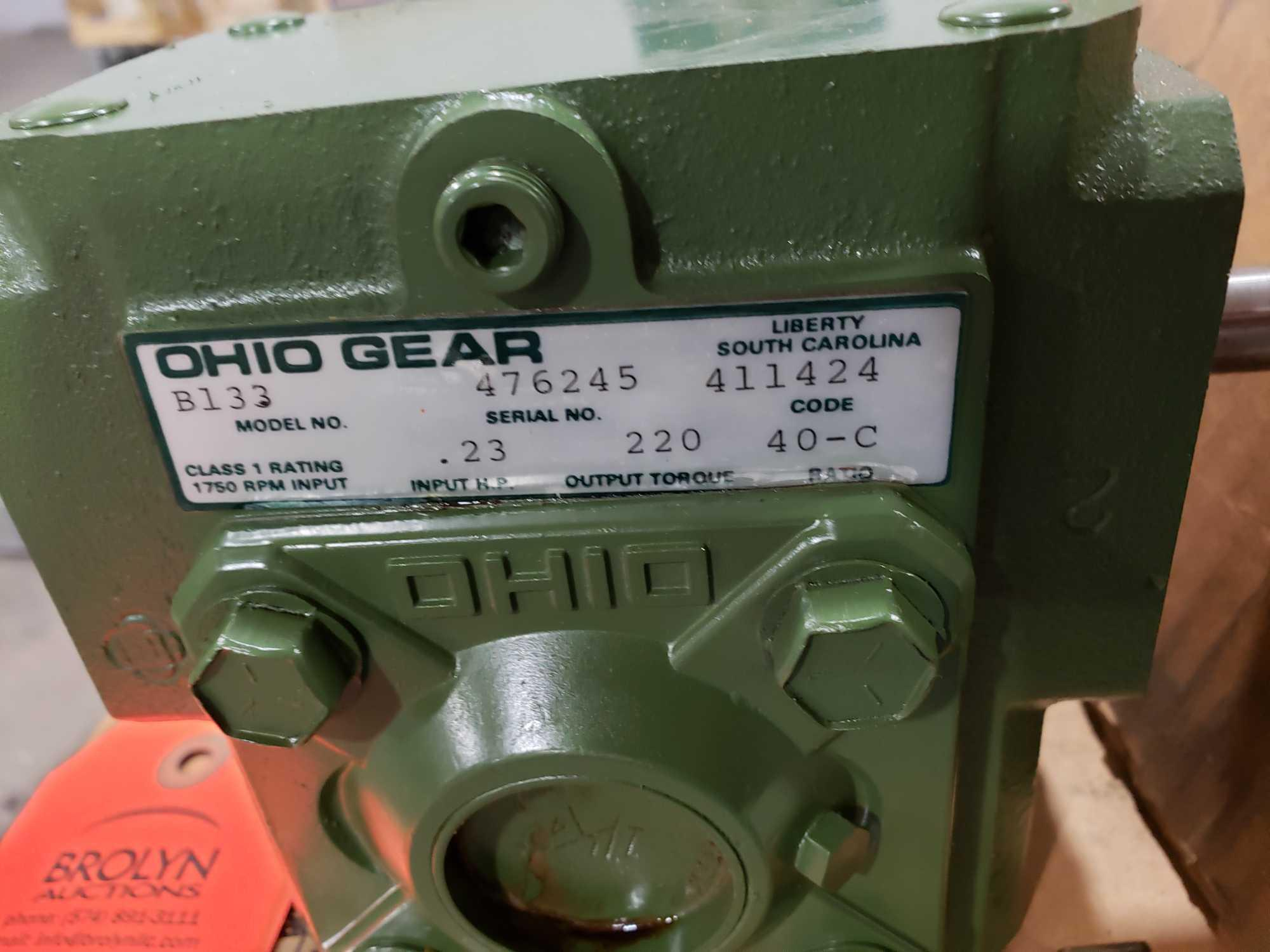 Lot 45 - Ohio Gear model B-133 gearbox. 40-C ratio. New in box.