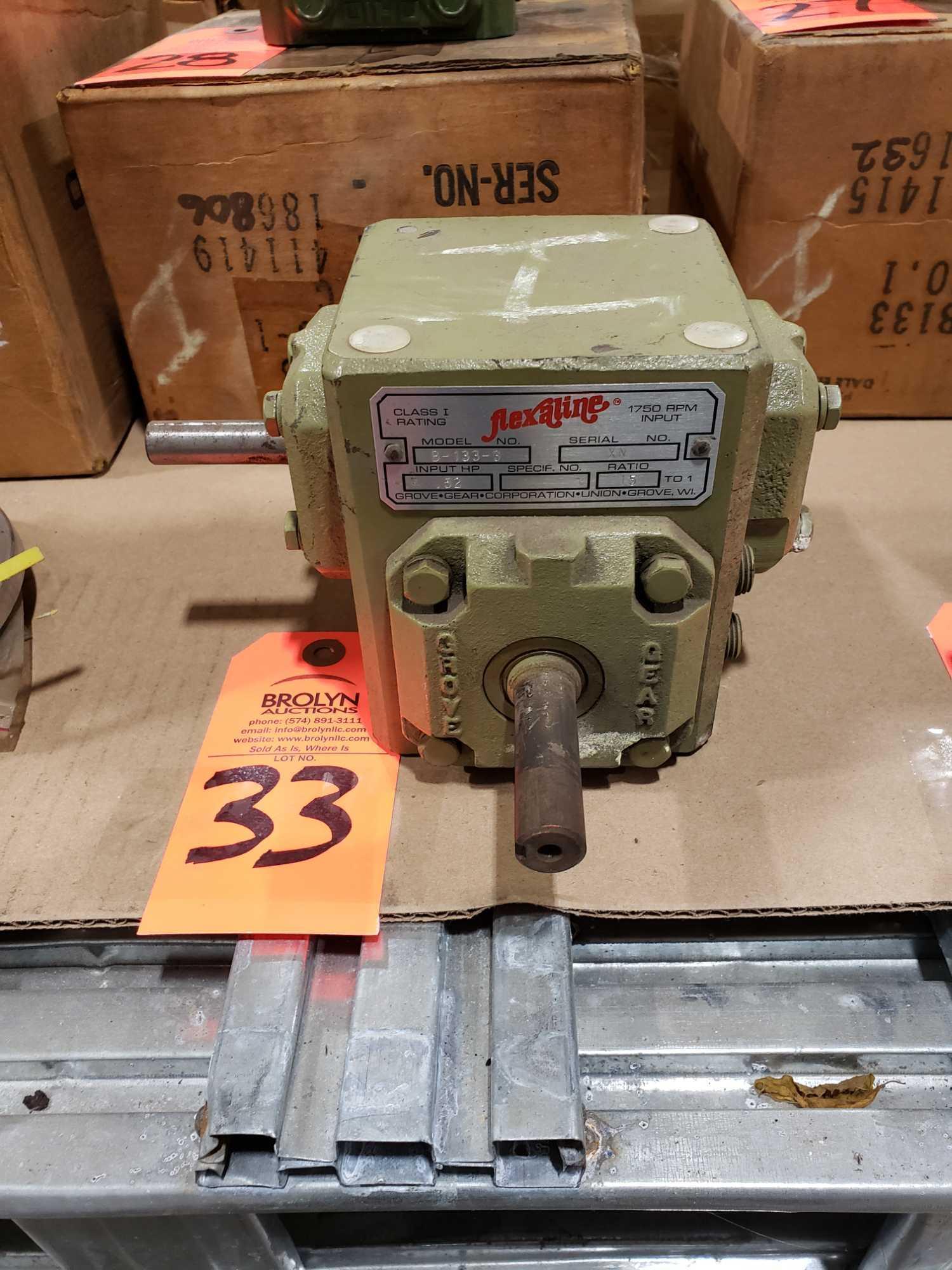Lot 33 - Grove Gear Flexaline mdoel B-133-3 gearbox. Ratio 15:1. Appears unused with storage wear.