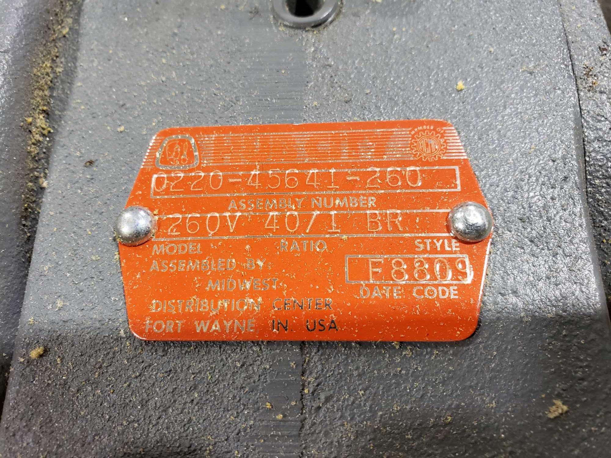 Lot 48 - Hub City model 260V, ratio 40/1 BR. New in box.
