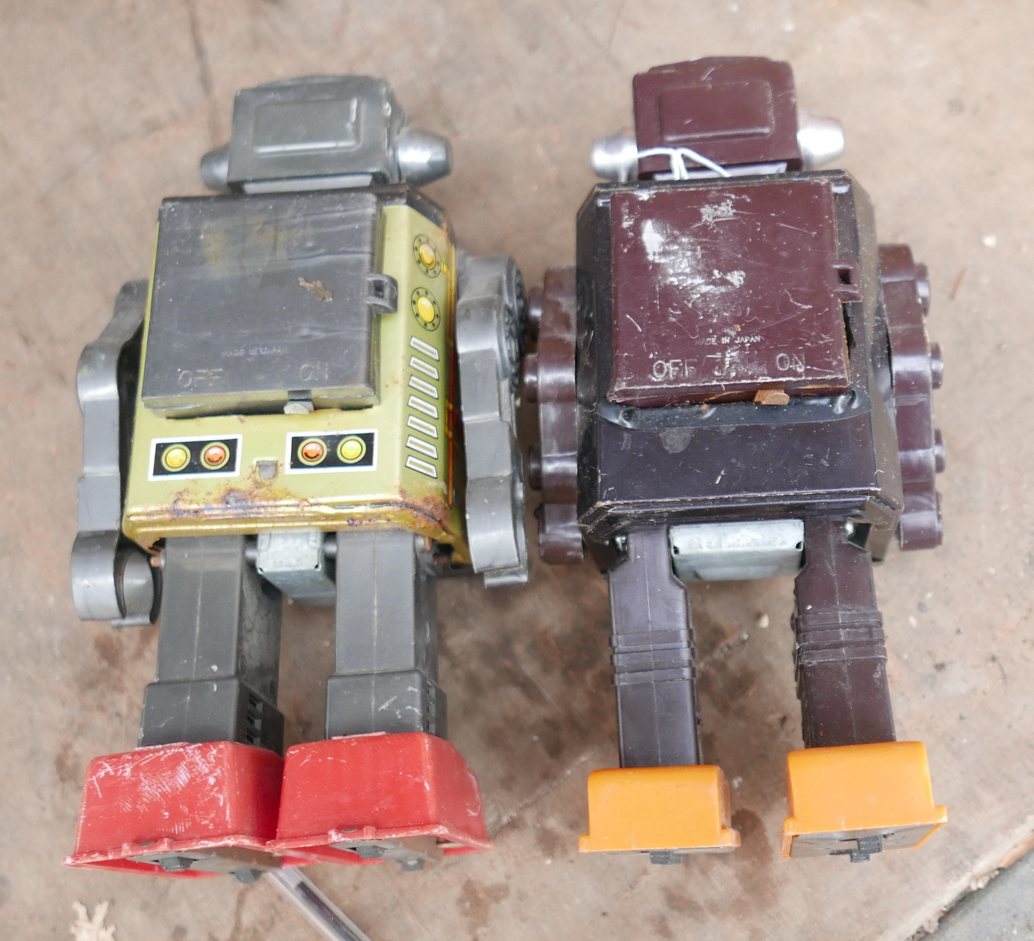 Pair of Vintage Toy Robots. - Image 2 of 2