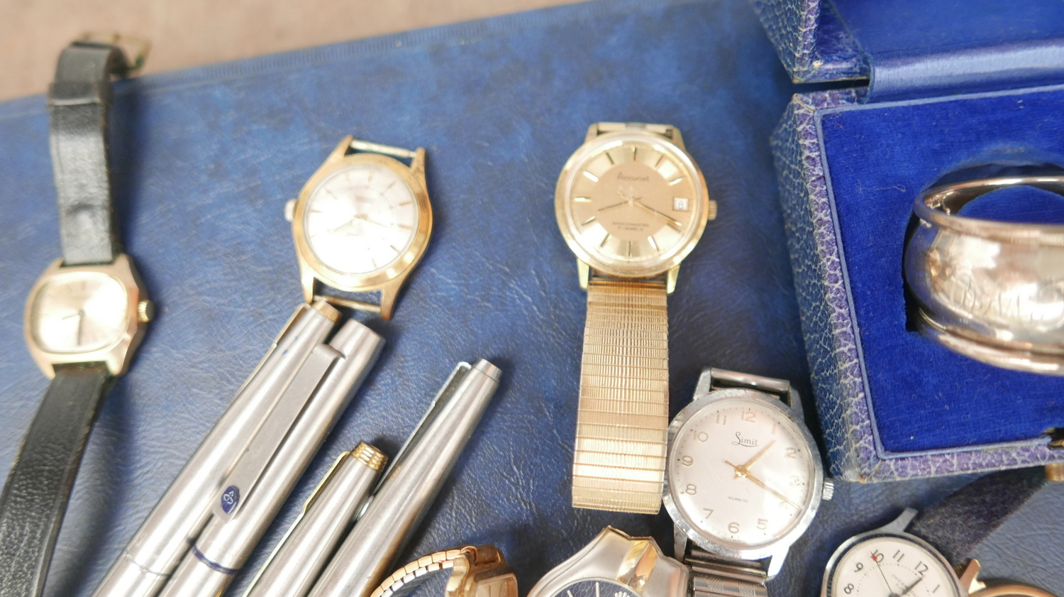 Lot 50T - Lot of Parker Fountain Pens - Vintage Watches - Silver Napkin Ring.