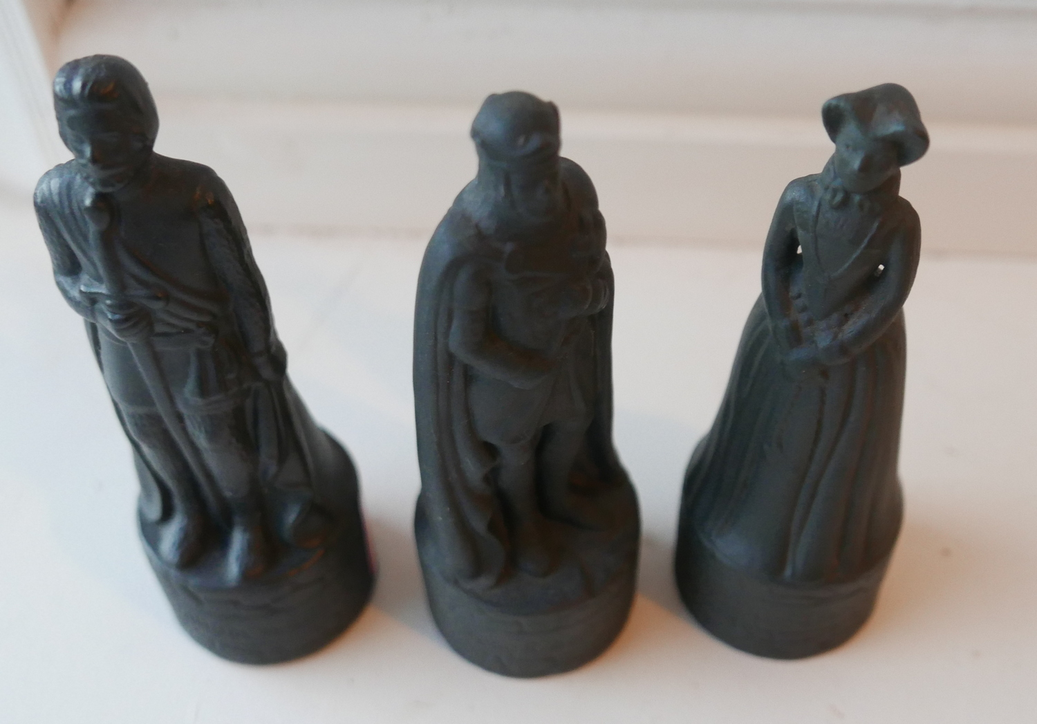 Lot 40 - Trio of Peter Thomson Beneagles Whisky Ceramic Historical Chess Pieces sealed full of Whisky.