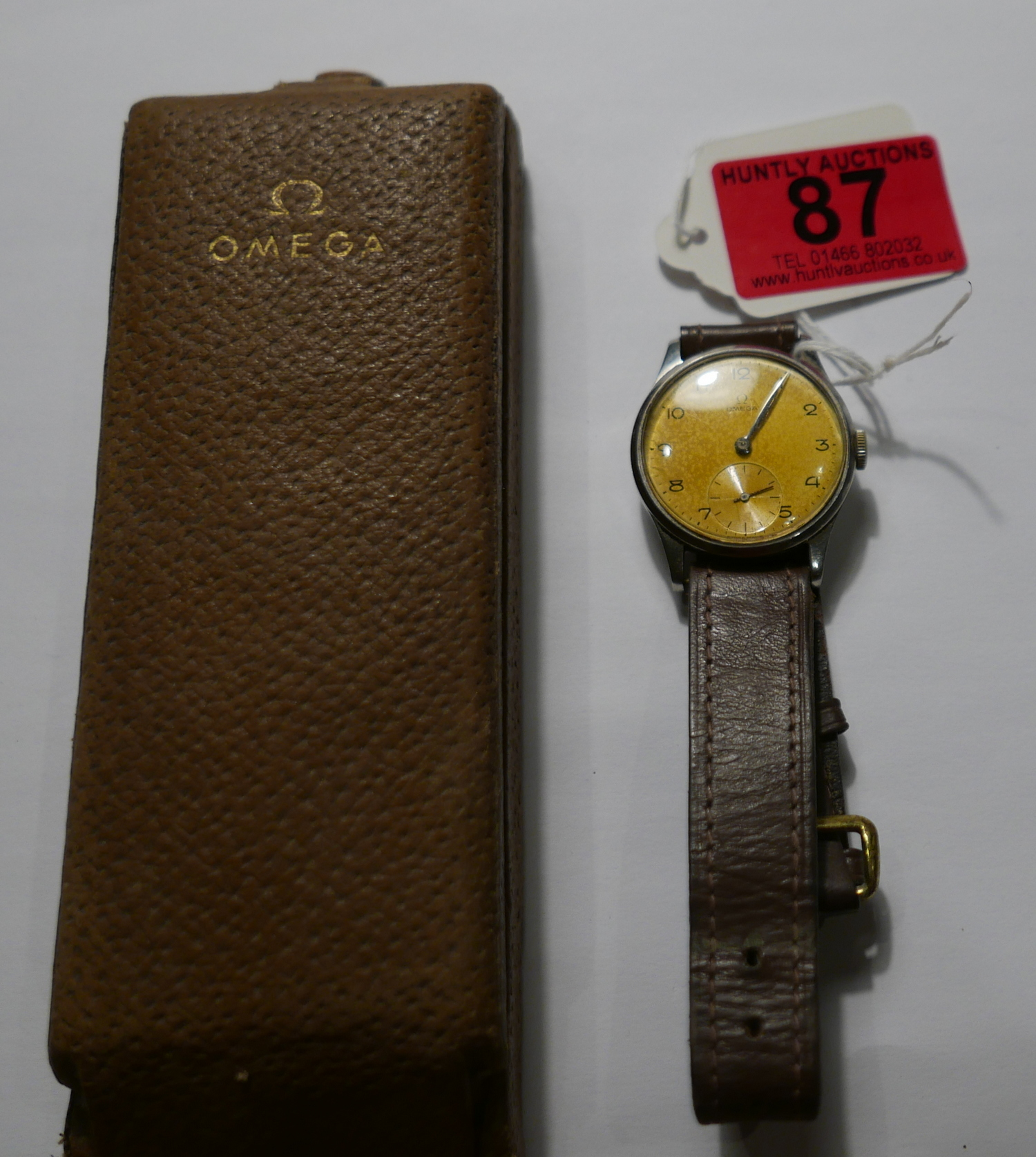 Lot 87 - Vintage Boxed Omega Stainless Steel Gents Wristwatch - working.