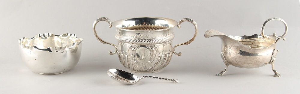 Lot 243 - Property of a deceased estate - an early 20th century silver porringer, Sheffield 1913; together