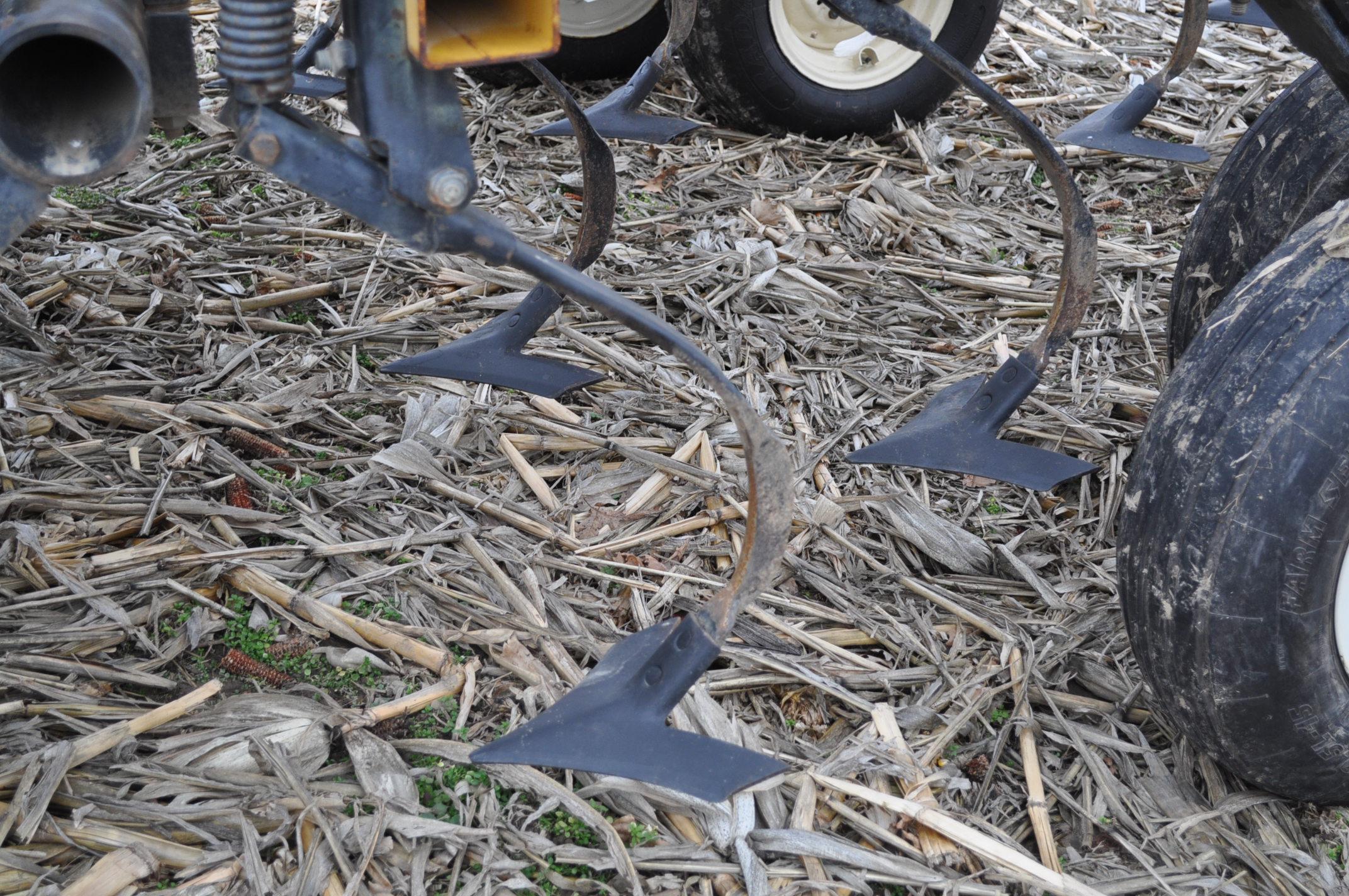 "17' Landoll Finisholl 850 mulch finisher, front blades, 9"" sweeps, 3 bar drag, hyd fold - Image 6 of 18"