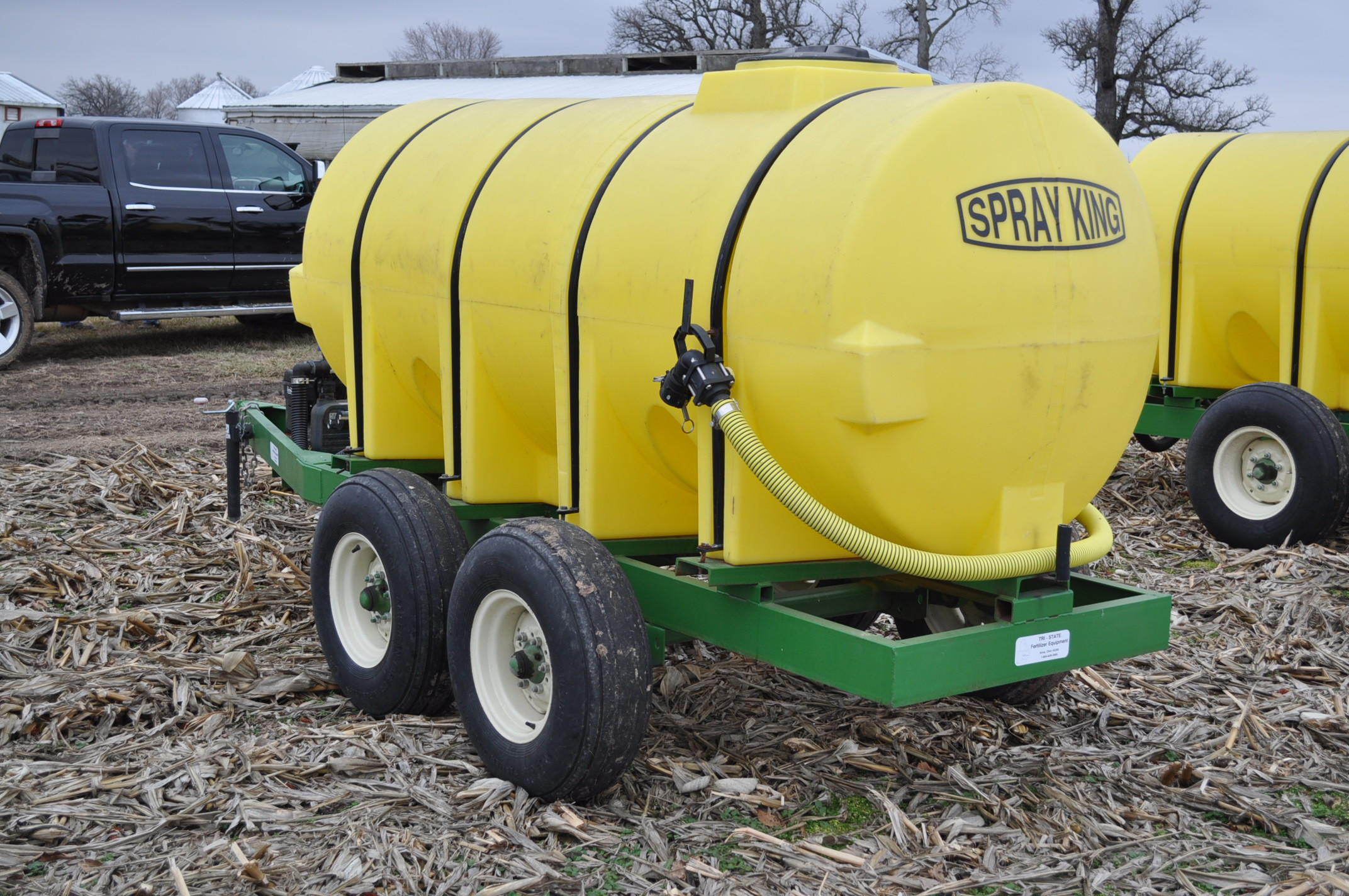 "1000 gallon Spray King tender trailer, tandem axle, 2"" Briggs & Stratton engine, 11L-15 tires - Image 2 of 12"