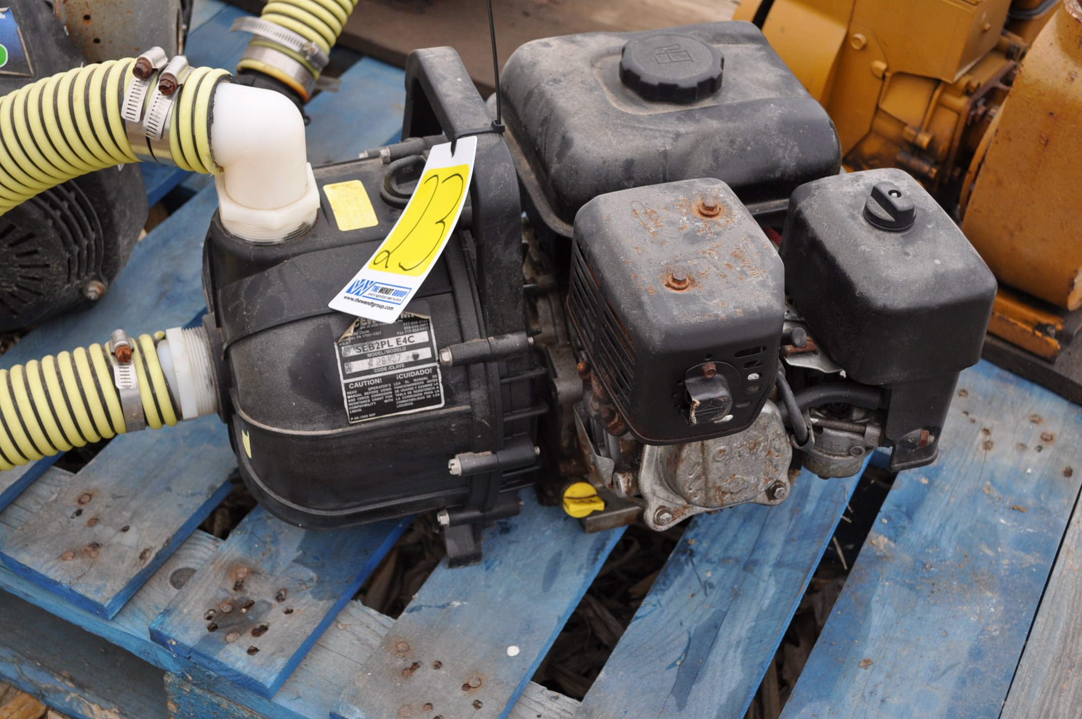 """2"""" transfer pump, Briggs and Straton, Pacer poly pump - Image 2 of 4"""