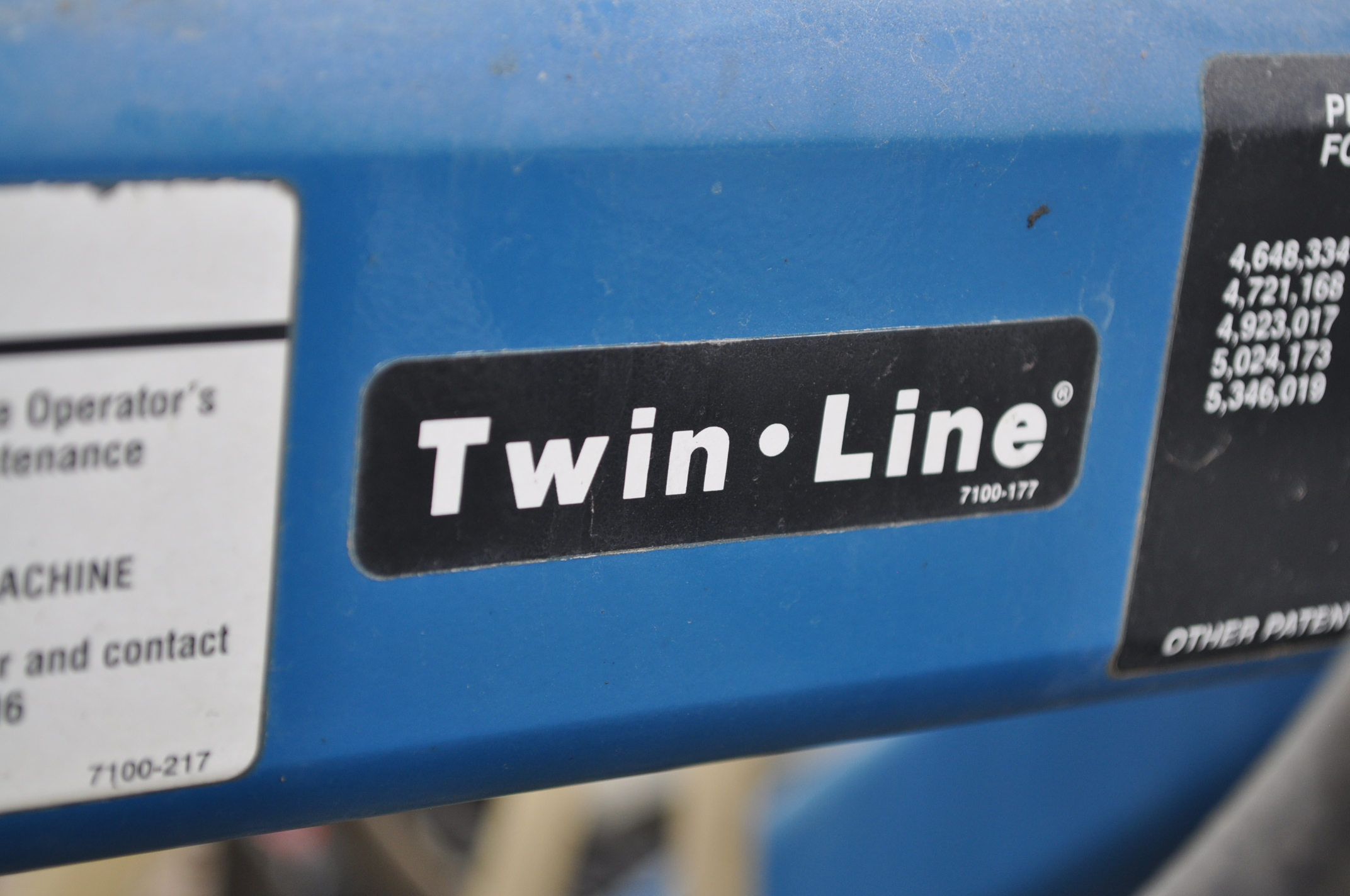 Kinze 3600TR planter, 12/24 twin row, Martin row cleaners, markers, finger pick up, cast closing - Image 6 of 20