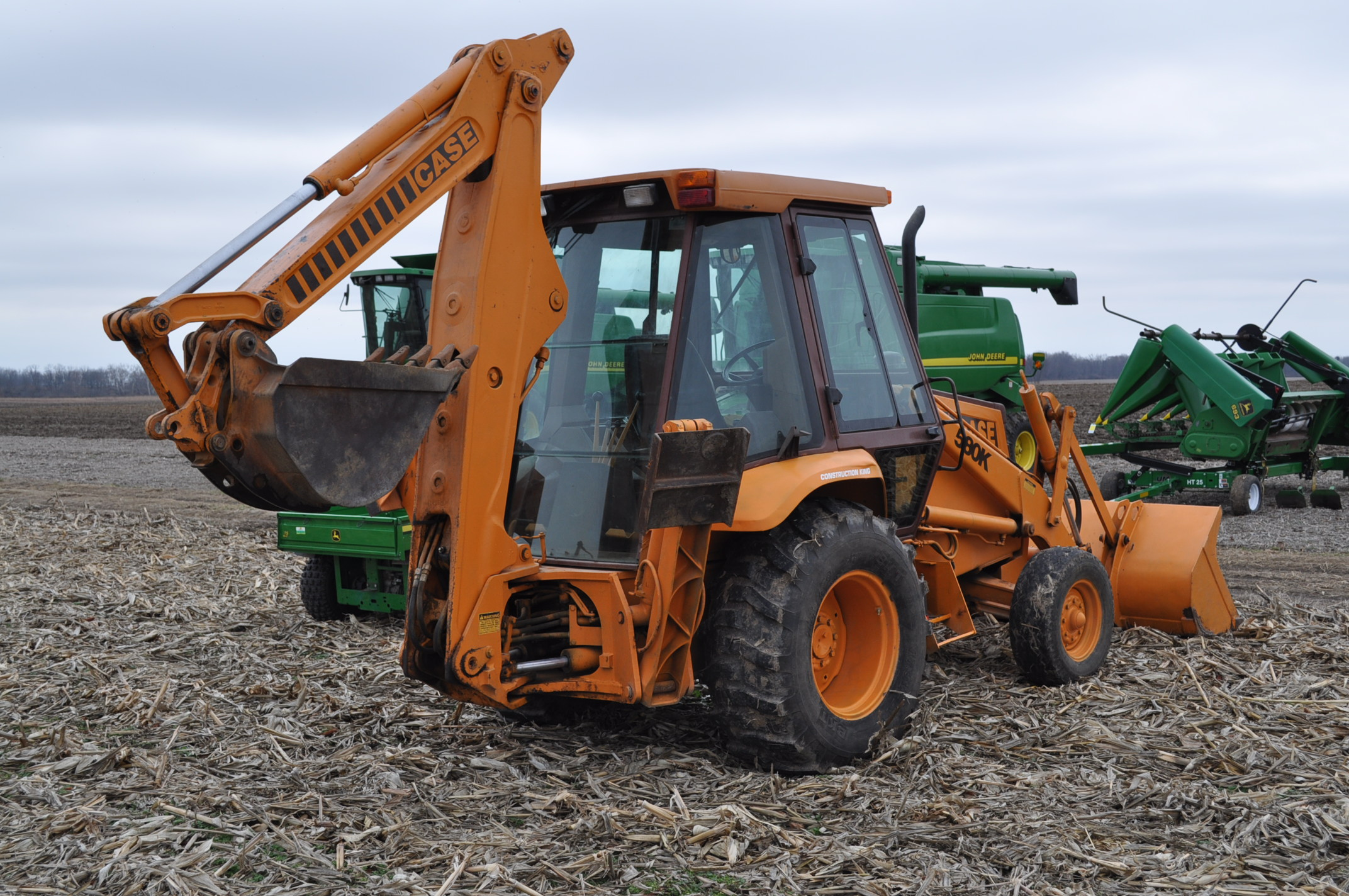 "Case Construction King 580 K backhoe, 17.5L-24 rear, 11L-16 front, CHA, 24"" digging bucket, 2 - Image 3 of 15"