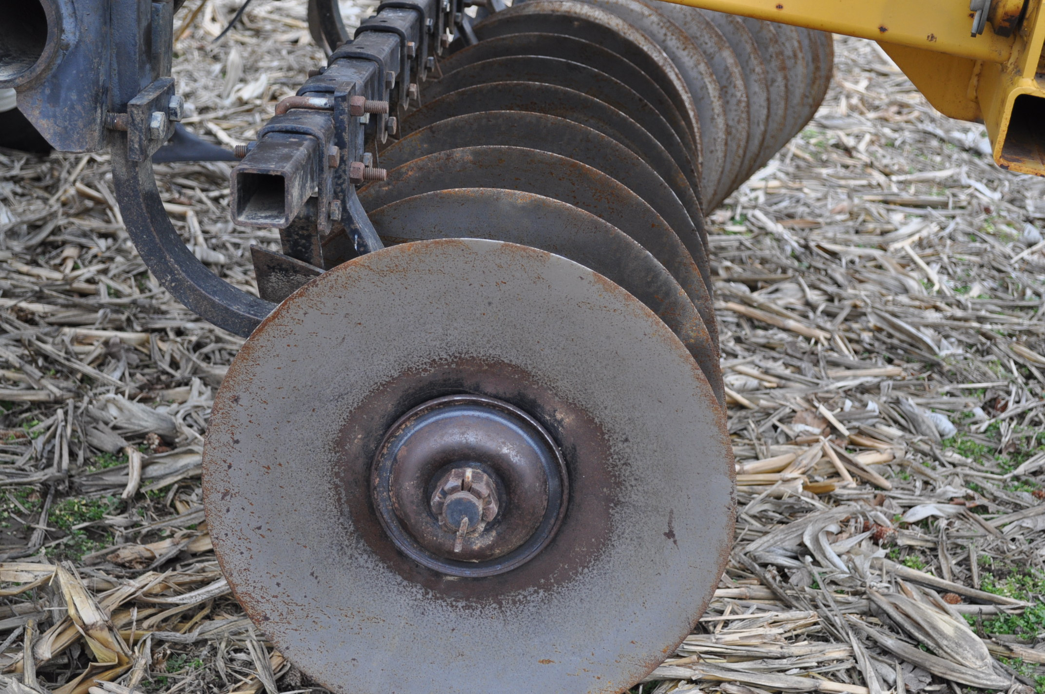 "17' Landoll Finisholl 850 mulch finisher, front blades, 9"" sweeps, 3 bar drag, hyd fold - Image 15 of 18"