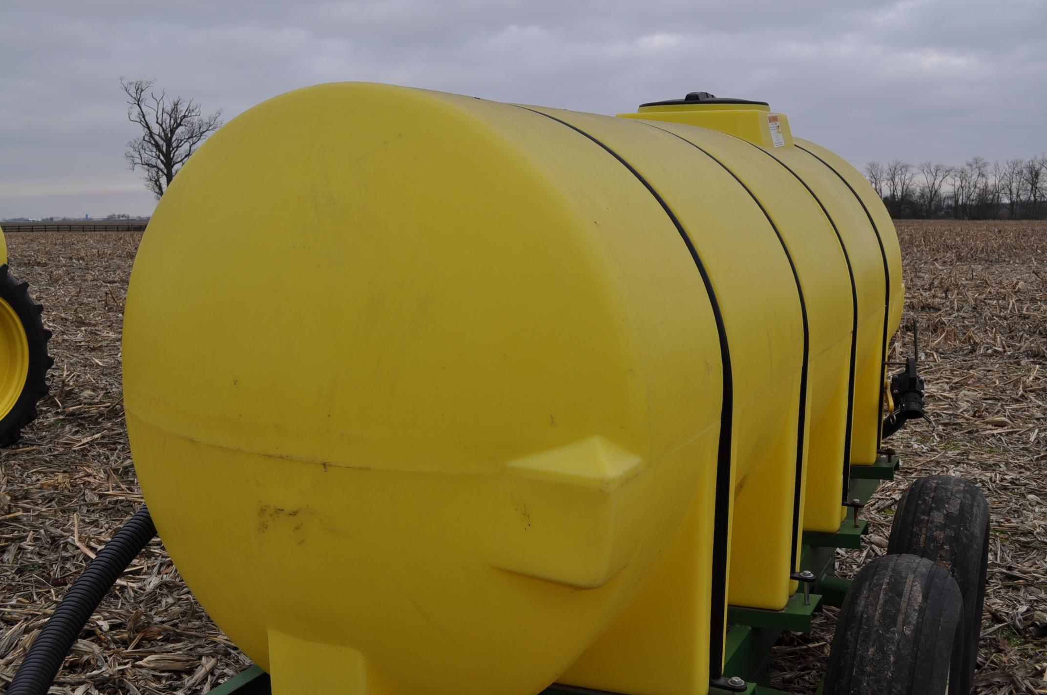 "1000 gallon Spray King tender trailer, tandem axle, 2"" Briggs & Stratton engine, 11L-15 tires - Image 6 of 12"