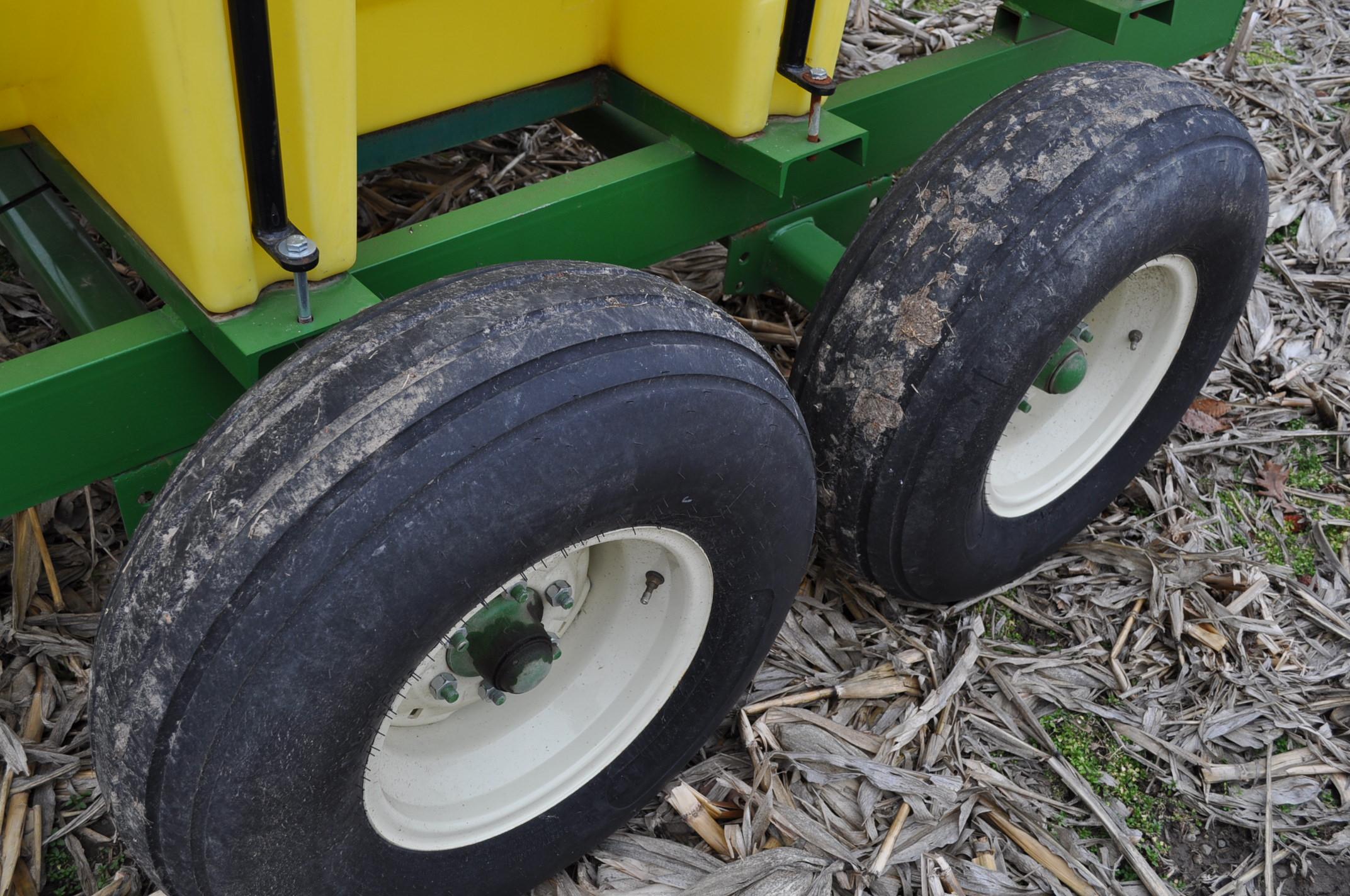 "1000 gallon Spray King tender trailer, tandem axle, 2"" Briggs & Stratton engine, 11L-15 tires - Image 7 of 12"