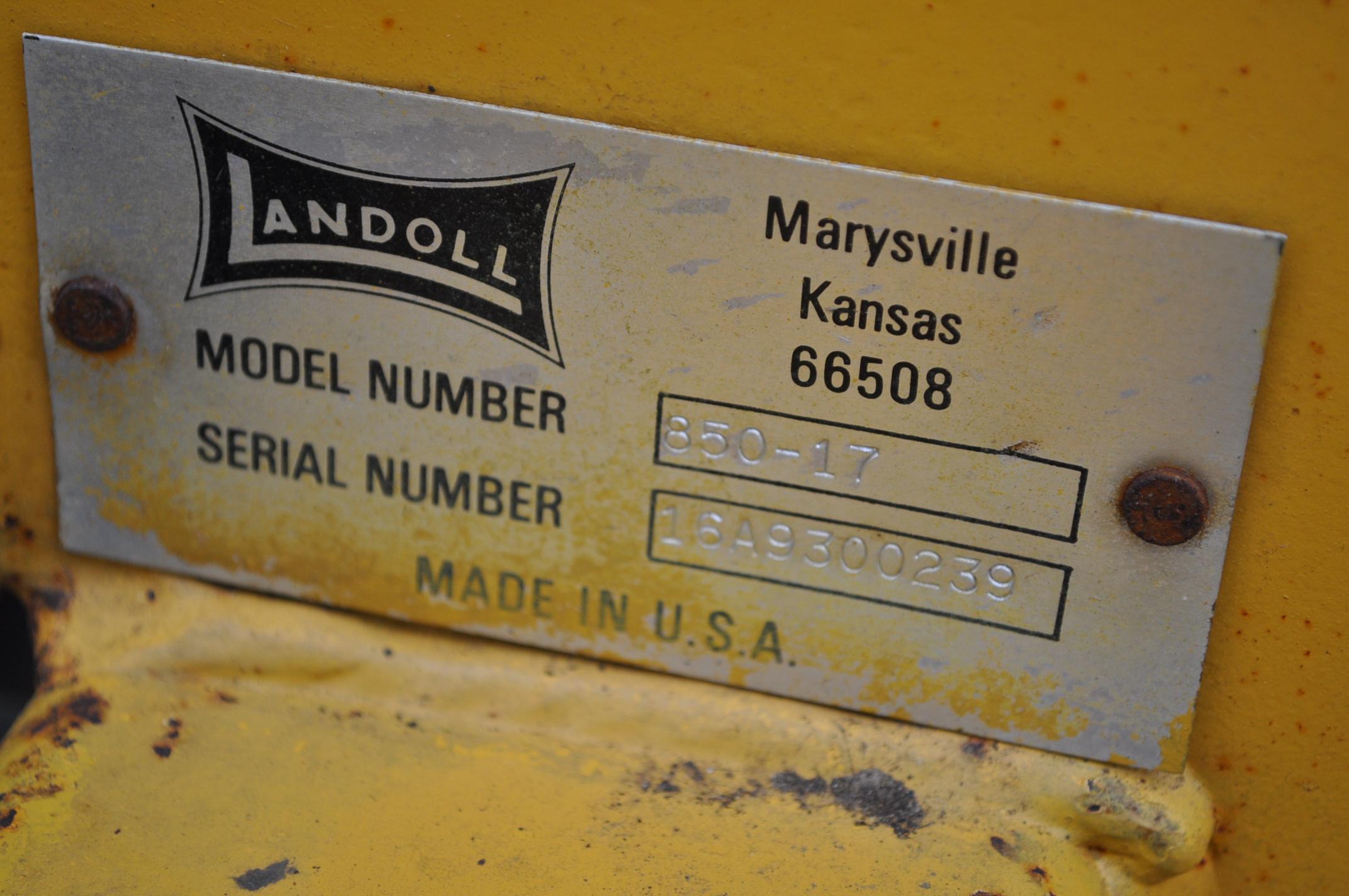 "17' Landoll Finisholl 850 mulch finisher, front blades, 9"" sweeps, 3 bar drag, hyd fold - Image 17 of 18"