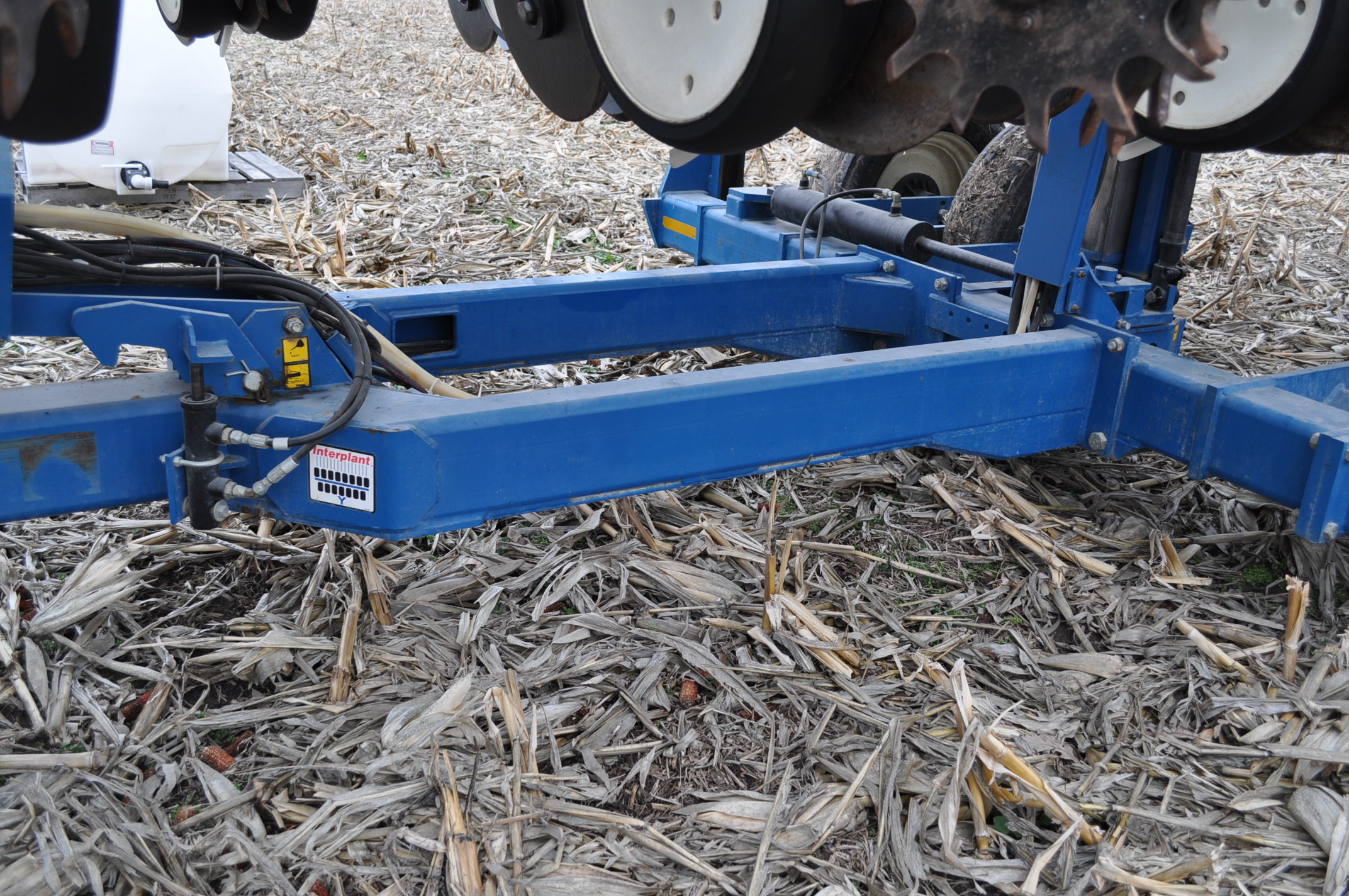 Kinze 3600TR planter, 12/24 twin row, Martin row cleaners, markers, finger pick up, cast closing - Image 17 of 20