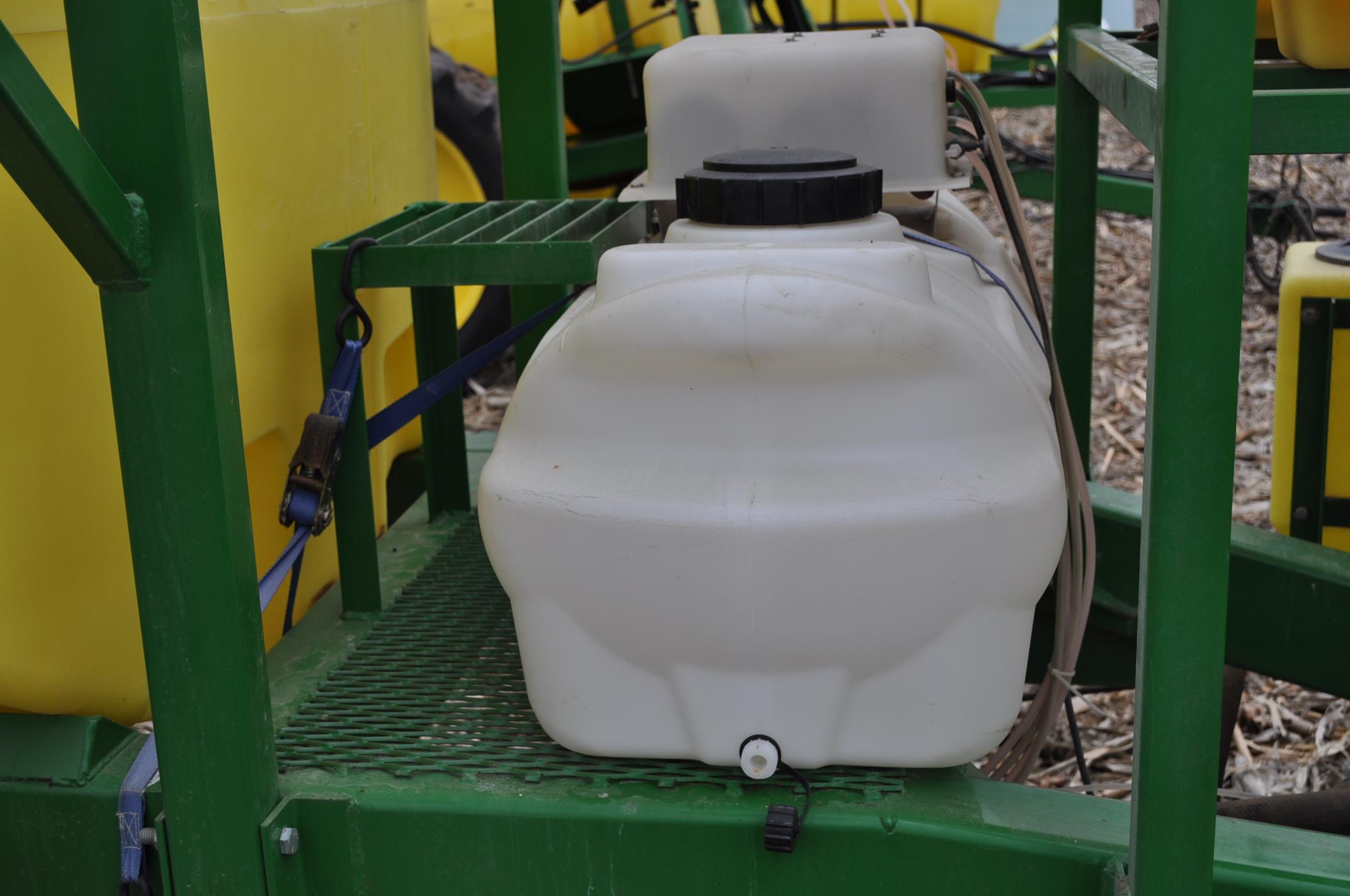60' Spray King 1090 sprayer, 1000 gal poly tank, 100 gal rinse tank, foam marker, inductor, hyd - Image 20 of 21