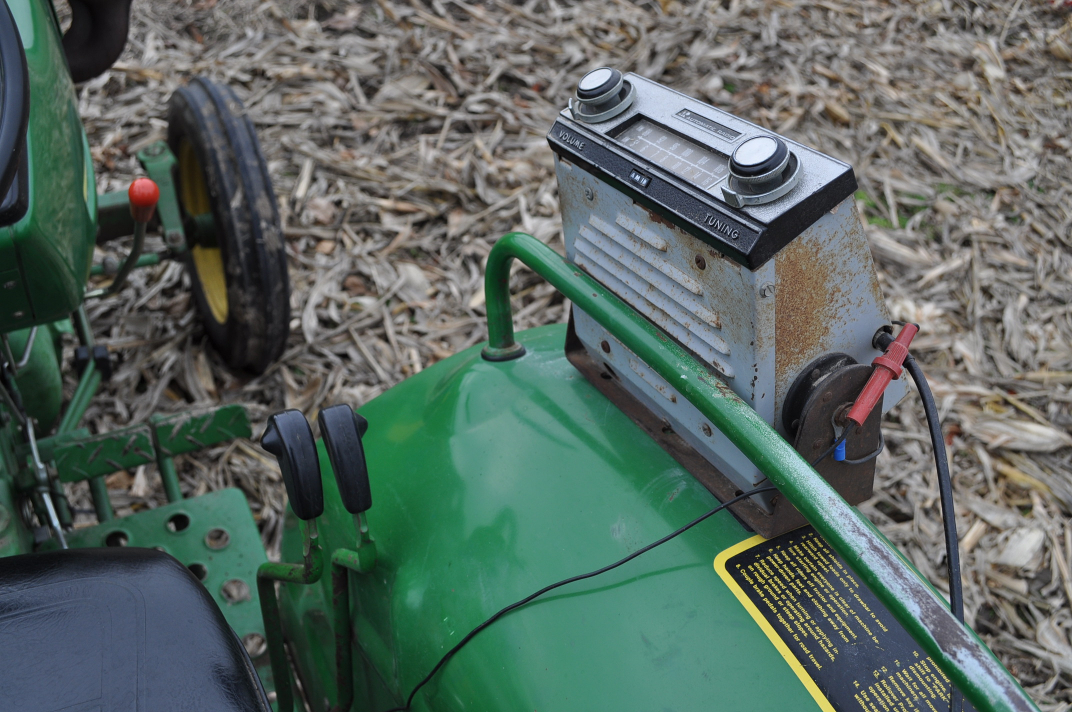 John Deere 850 utility tractor, diesel, 12.4-24 rear, 5.00-16 front, 2 hyd remotes, 3 pt, 540 pto, - Image 13 of 13