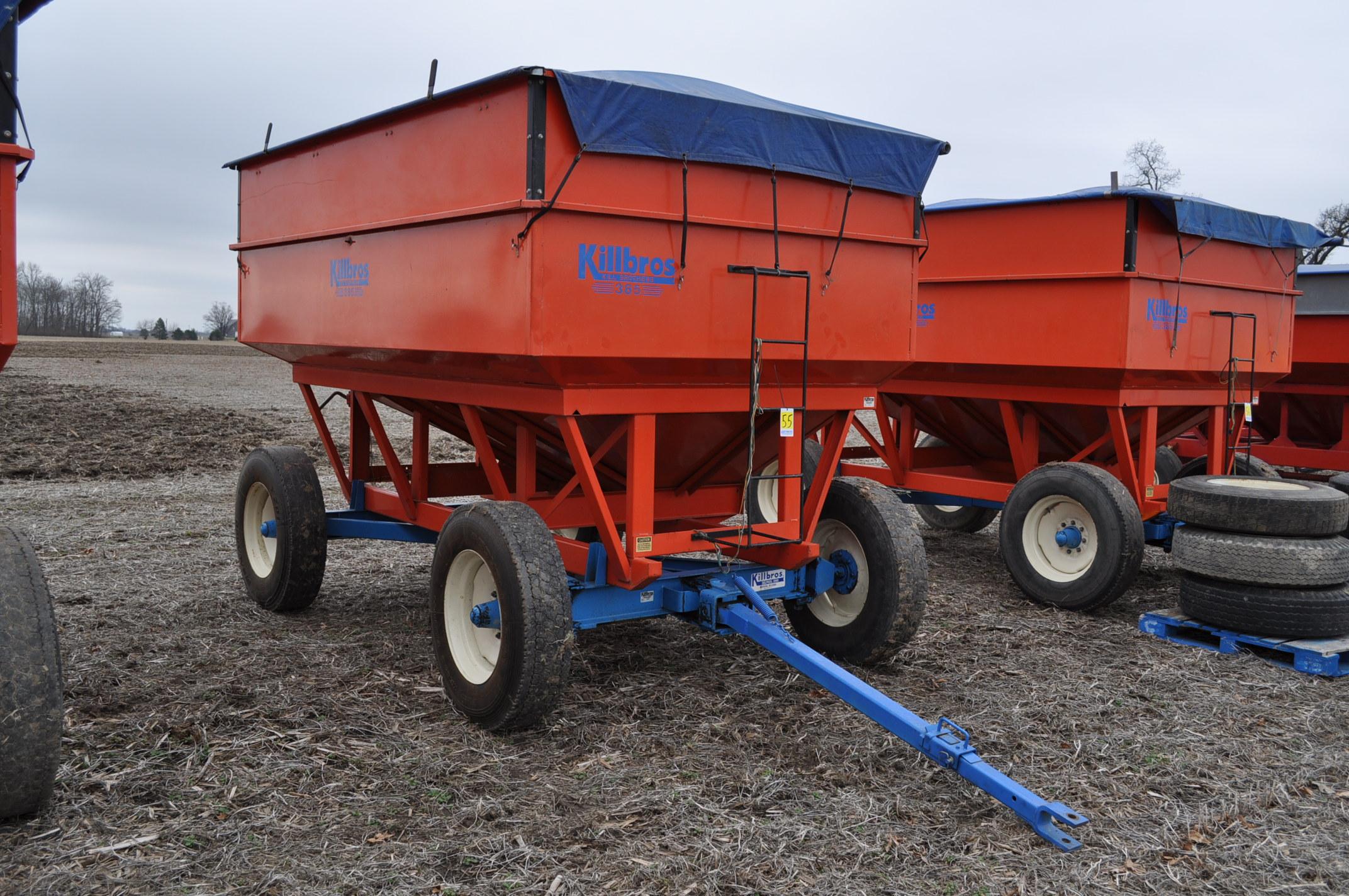 Killbros 385 gravity bed wagon, tarp, steel rails, Killbros 1386 gear, 11 R 22.5 tires - Image 4 of 7