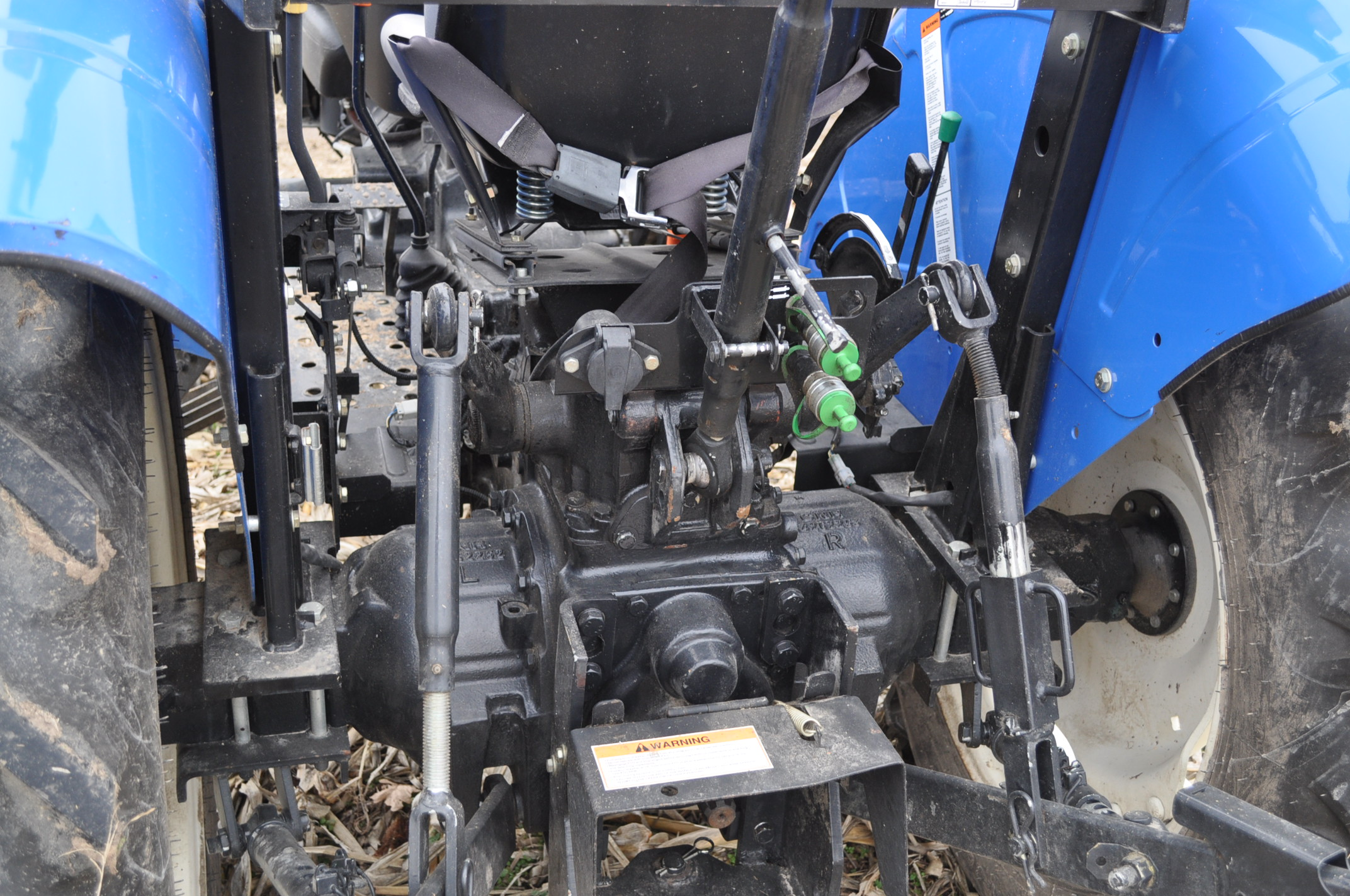 New Holland Workmaster 45 tractor, front wts, 12.4/11-28 rear, 6.00-16 front, shuttle shift, diesel, - Image 10 of 14