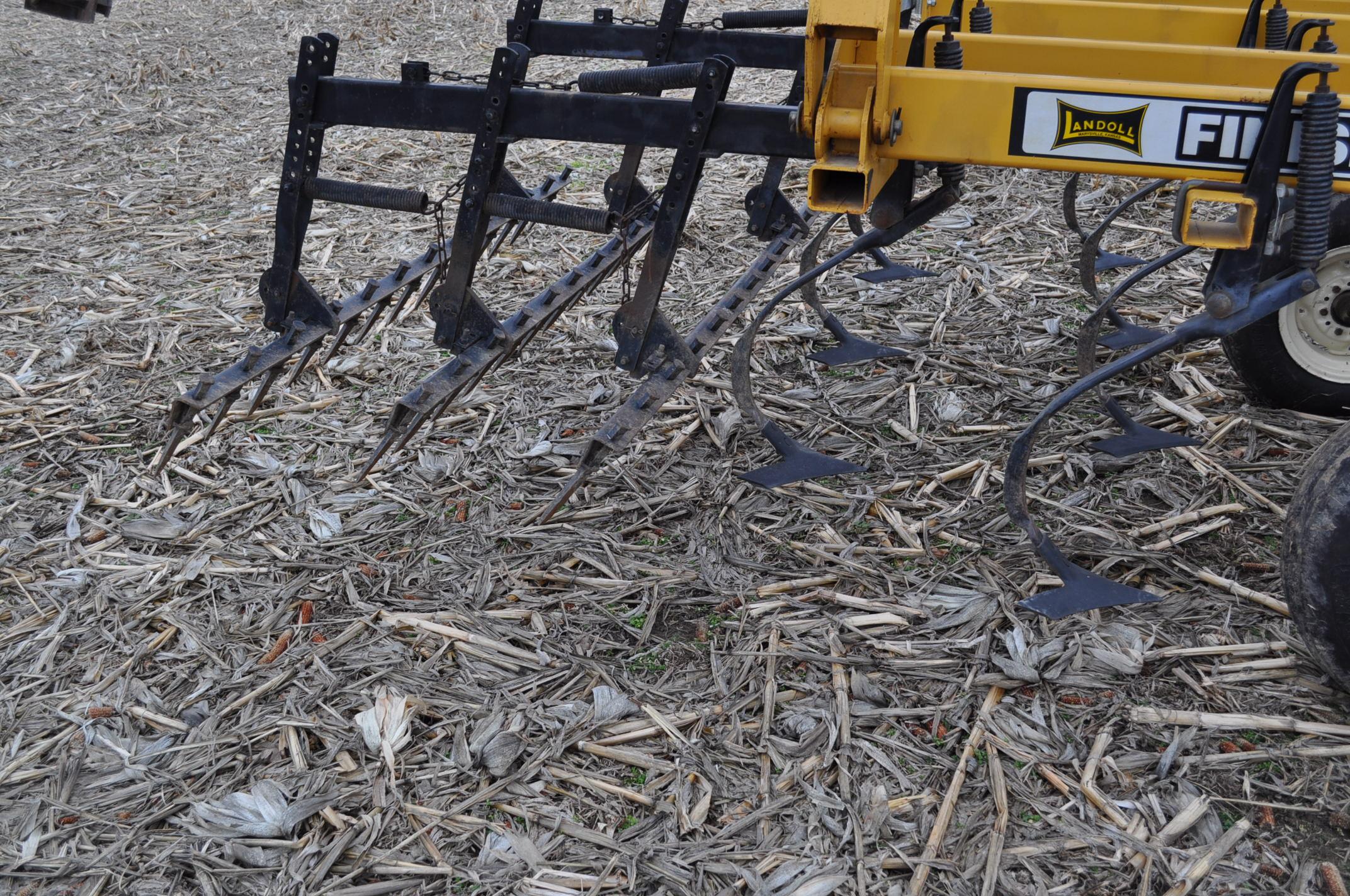 "17' Landoll Finisholl 850 mulch finisher, front blades, 9"" sweeps, 3 bar drag, hyd fold - Image 12 of 18"