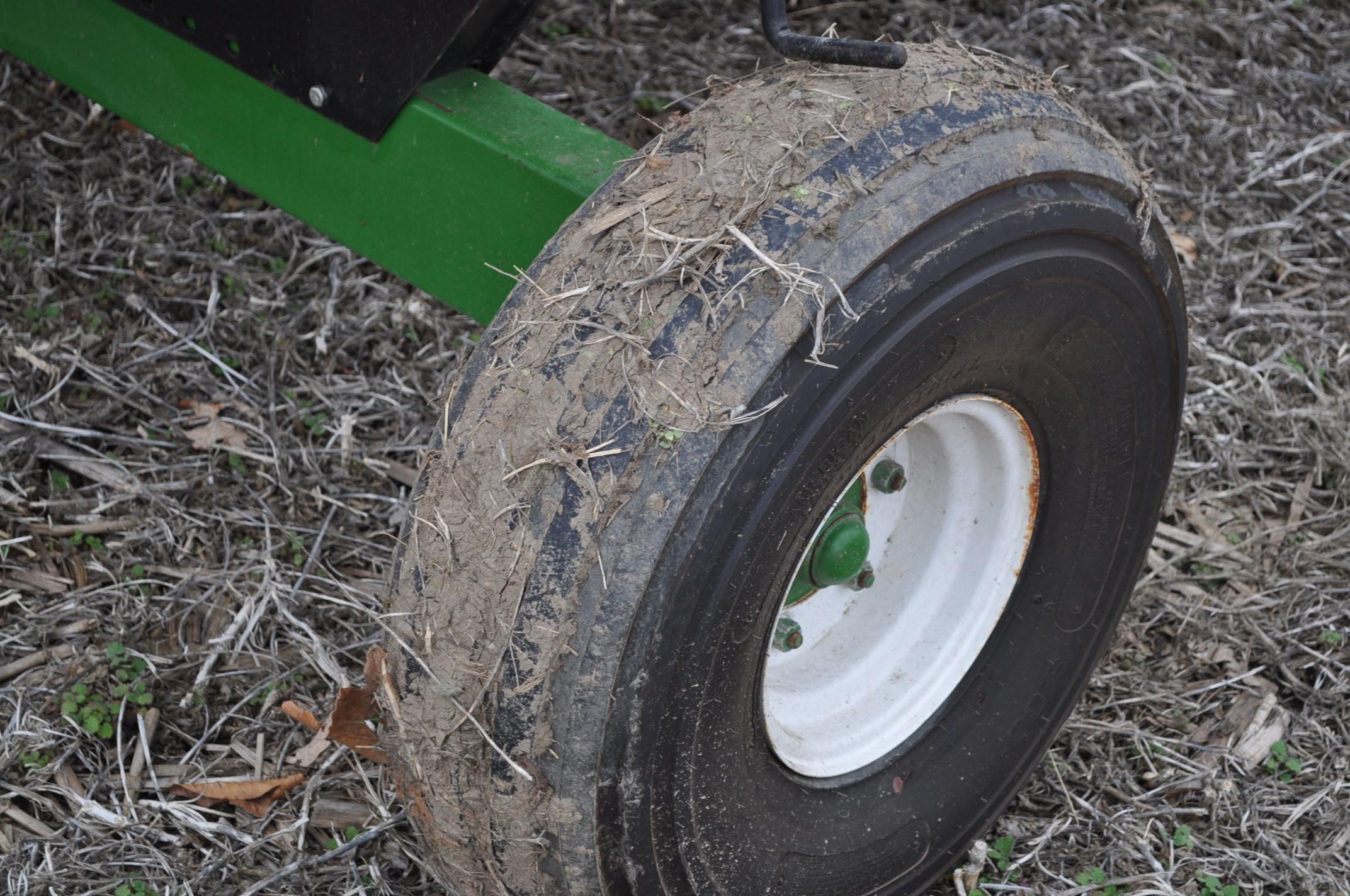 30' EZ Trail 980 header cart, 9.00-10 tires - Image 5 of 7