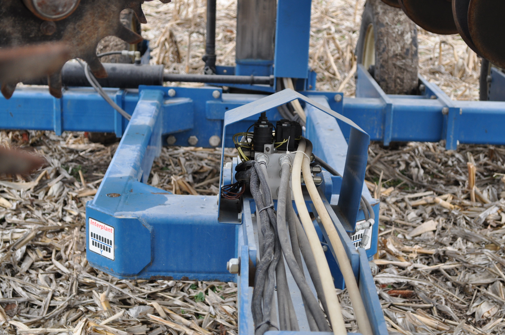 Kinze 3600TR planter, 12/24 twin row, Martin row cleaners, markers, finger pick up, cast closing - Image 20 of 20