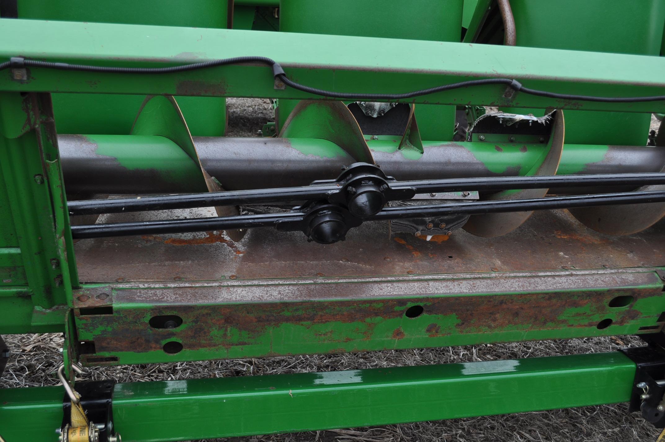 John Deere 693 corn head, poly, hyd drive, down corn reel, pto shafts, SN 655654 - Image 9 of 17