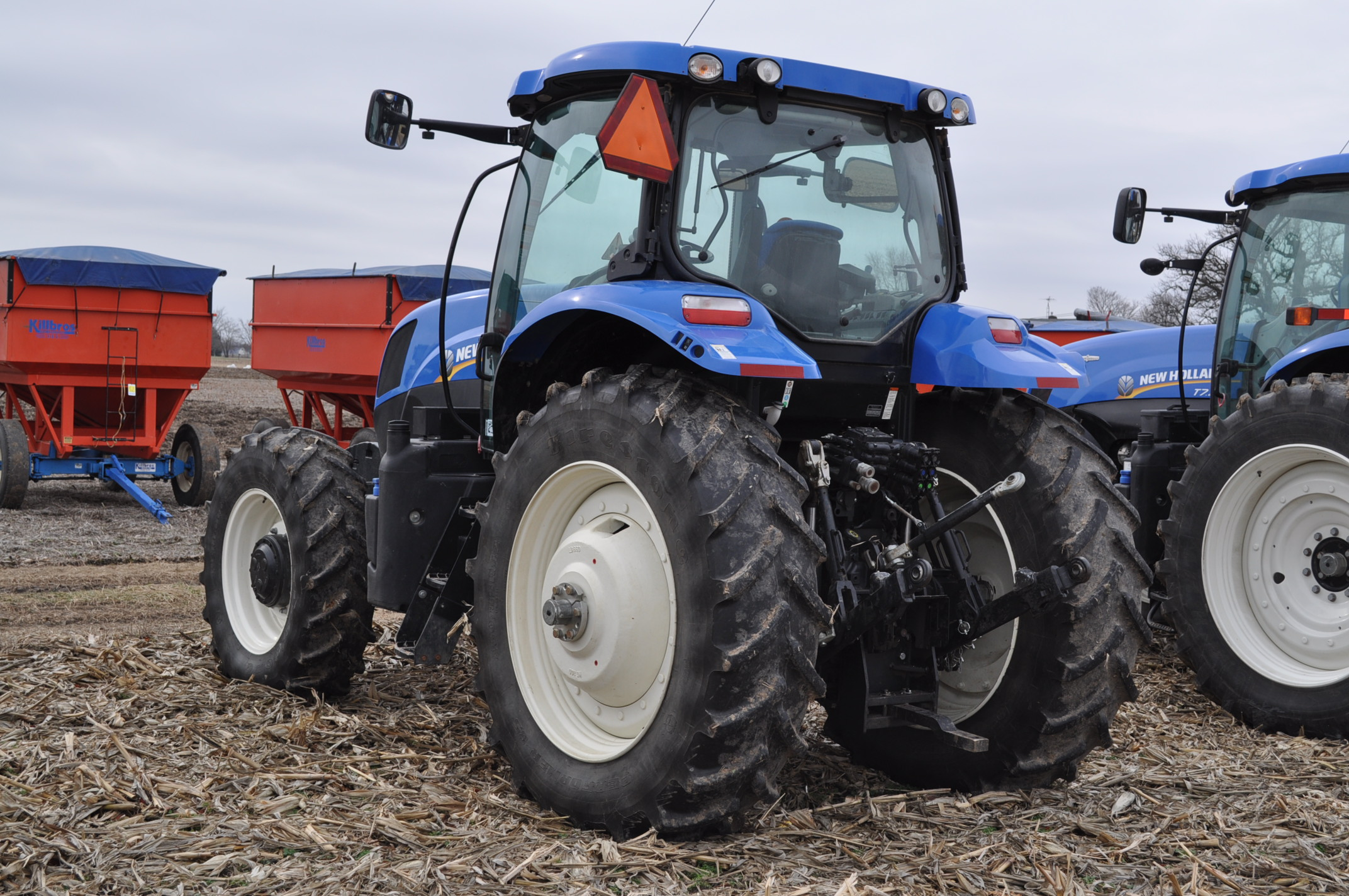 New Holland T7.210 MFWD tractor, 460/85 R 42 rear, 380/85 R 30 Firestone front, Super Steer - Image 2 of 24