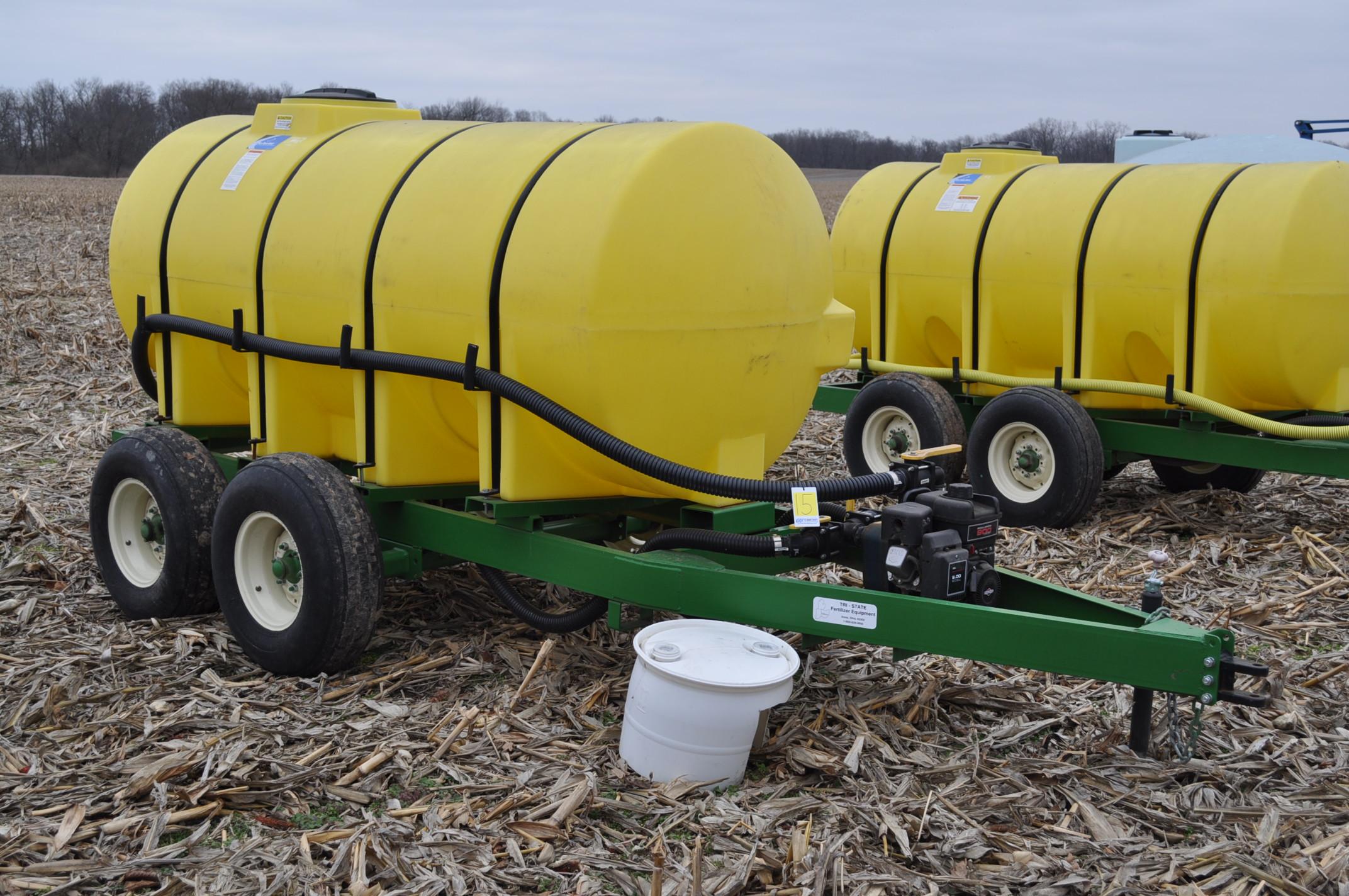 "1000 gallon Spray King tender trailer, tandem axle, 2"" Briggs & Stratton engine, 11L-15 tires - Image 4 of 12"