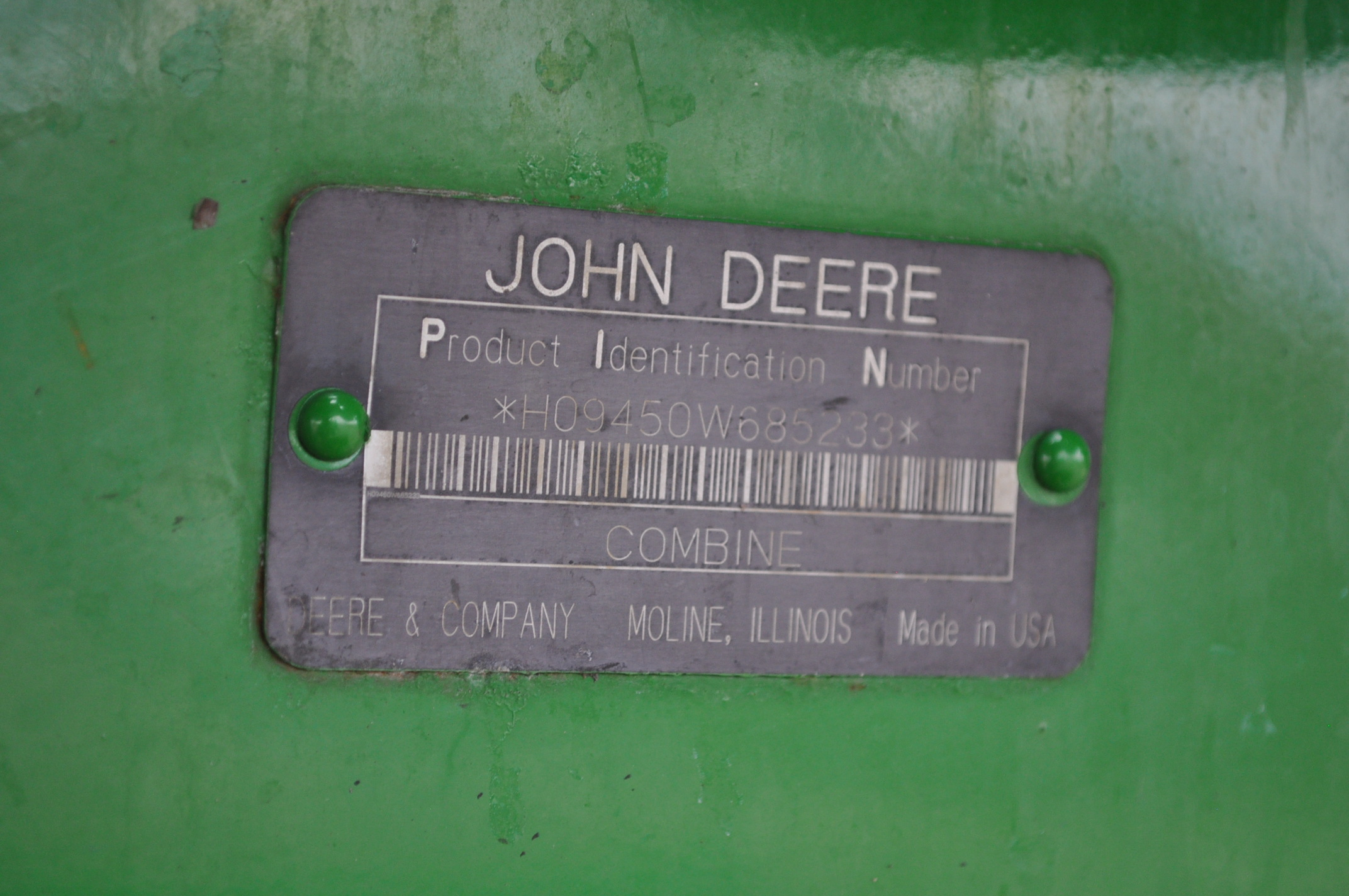 John Deere 9450 combine, NEW 24.5-32 drive, NEW 14.9-24 rear, chopper, spreader, 3335 engine hrs, - Image 17 of 18