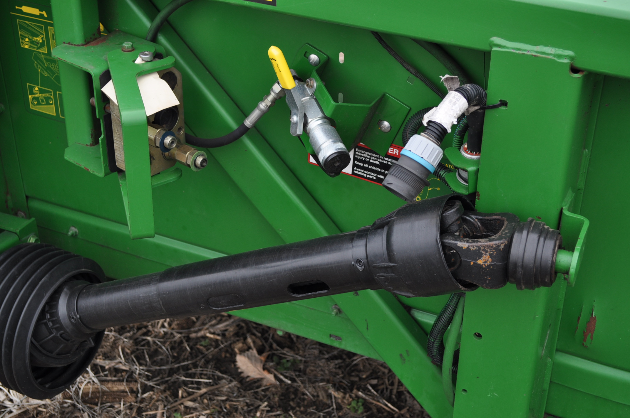John Deere 693 corn head, poly, fluted rolls, hyd deck plates, pto shafts, SN 710815 - Image 12 of 14