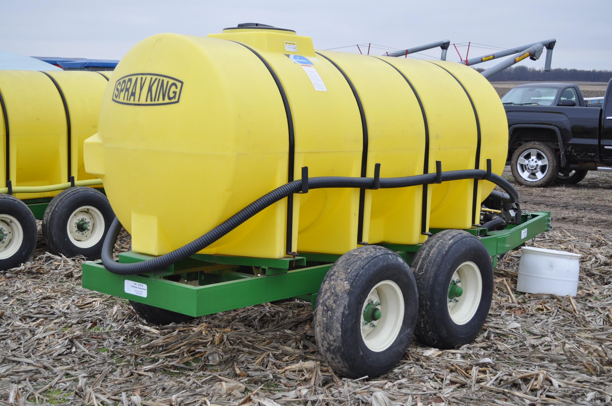 "1000 gallon Spray King tender trailer, tandem axle, 2"" Briggs & Stratton engine, 11L-15 tires - Image 3 of 12"