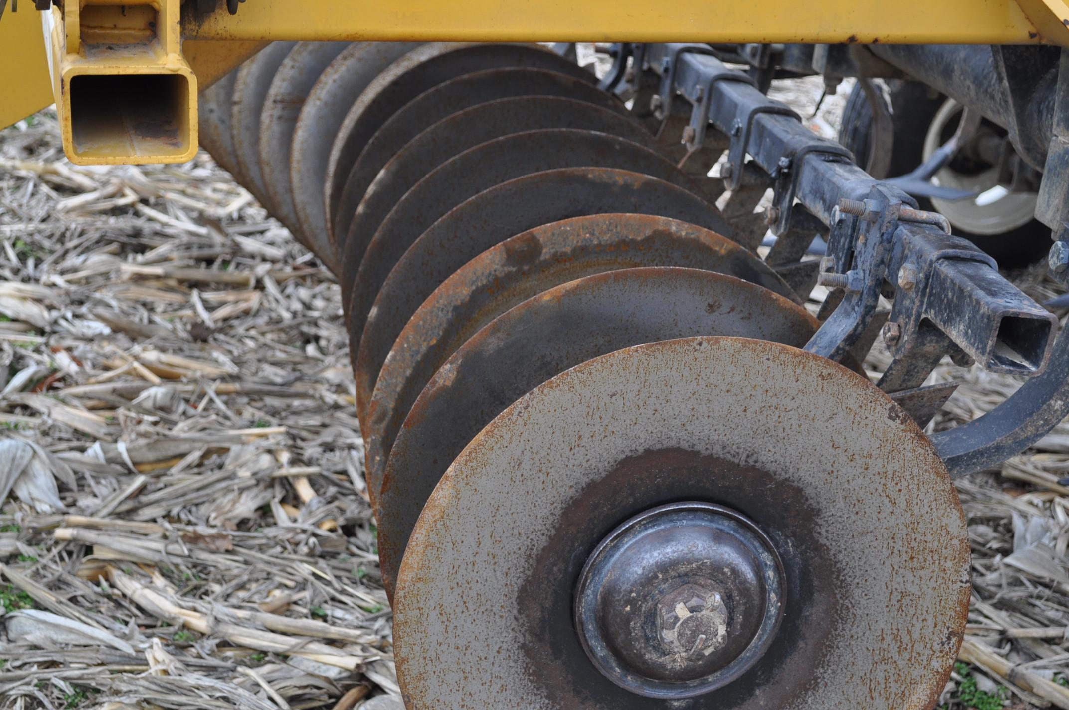 "17' Landoll Finisholl 850 mulch finisher, front blades, 9"" sweeps, 3 bar drag, hyd fold - Image 5 of 18"