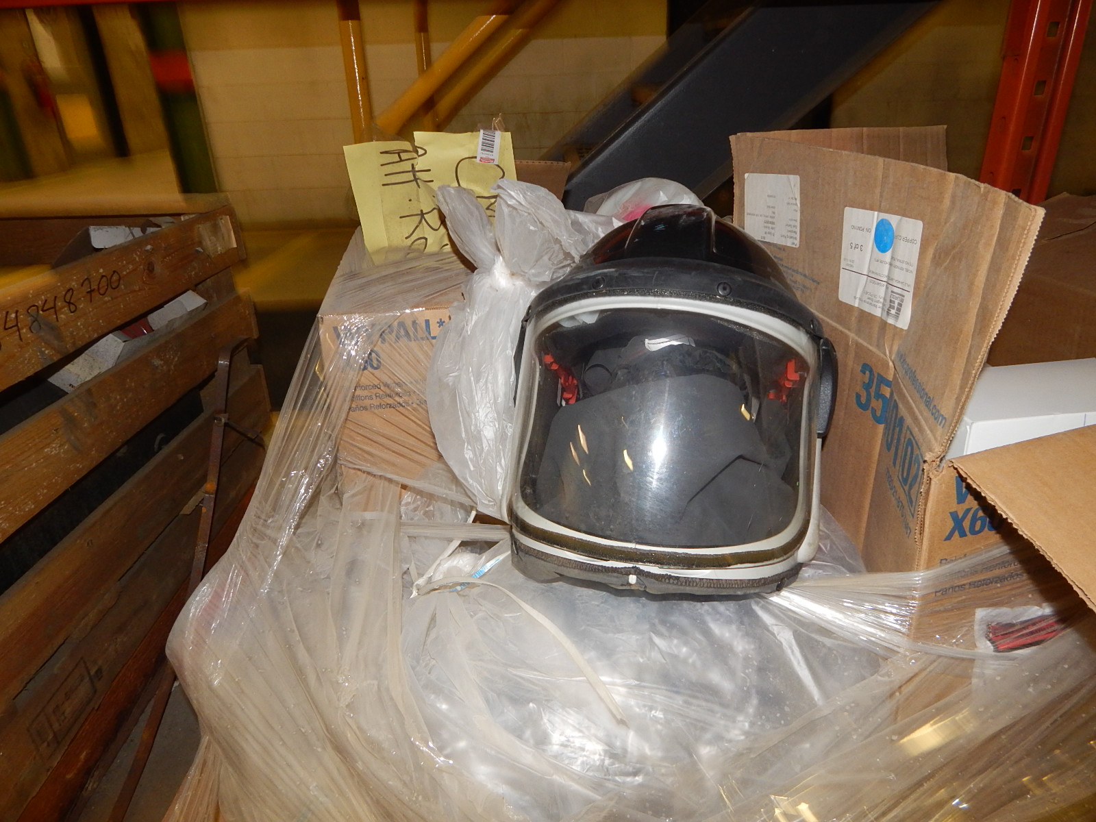 LOT/ SAFETY SUPPLIES (FULL FACE MASK AND FILTERS) (CMD) - Image 2 of 3