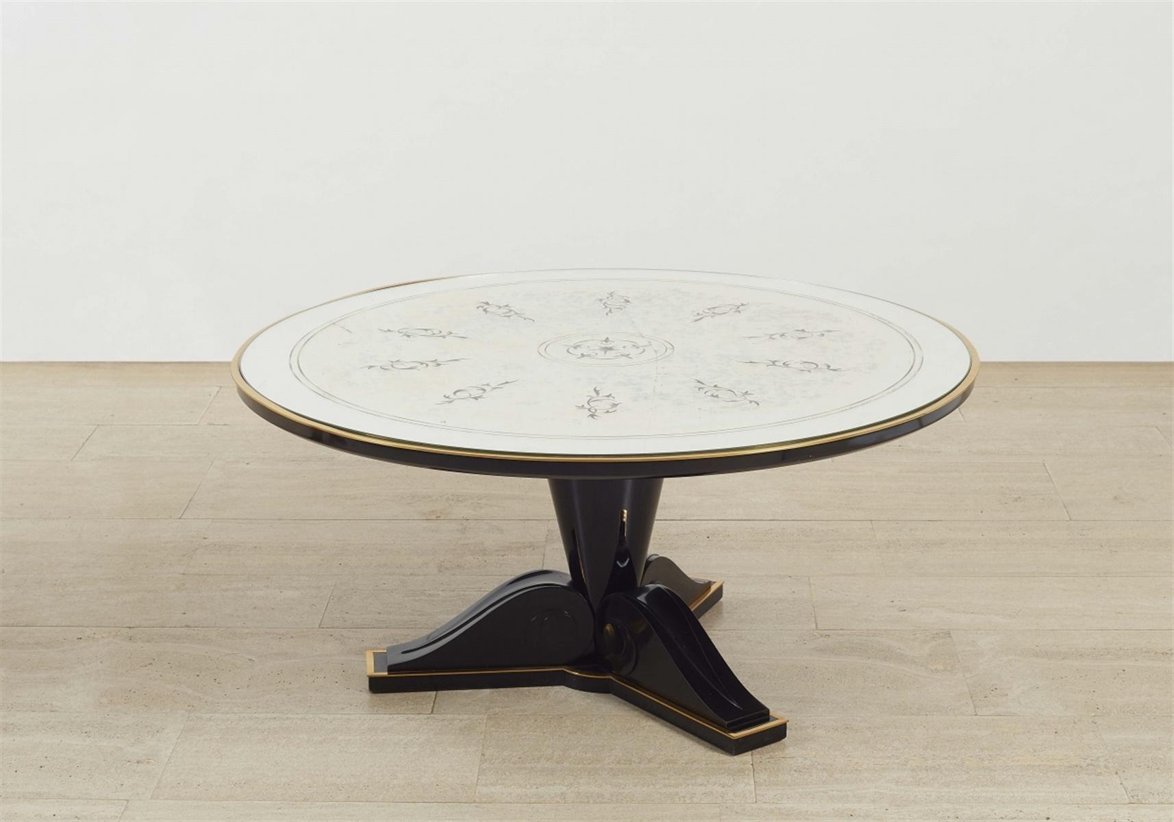 Table basseEbonisiertes Holz, Messingleisten, Silberfolie unter Glas. Eleganter runder Tisch mit