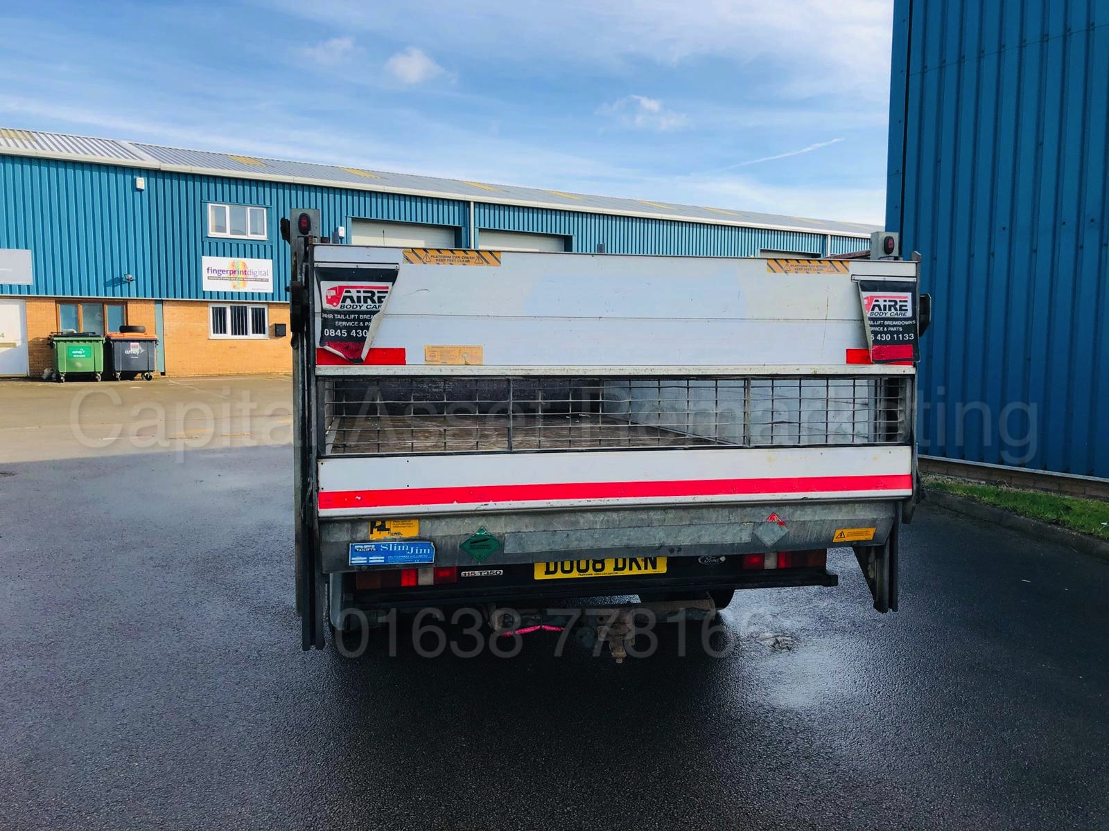 Lot 22 - FORD TRANSIT 115 T350L RWD *LWB - DROPSIDE TRUCK* (2008) '2.4 TDCI - 115 BHP - 6 SPEED' *TAIL-LIFT*