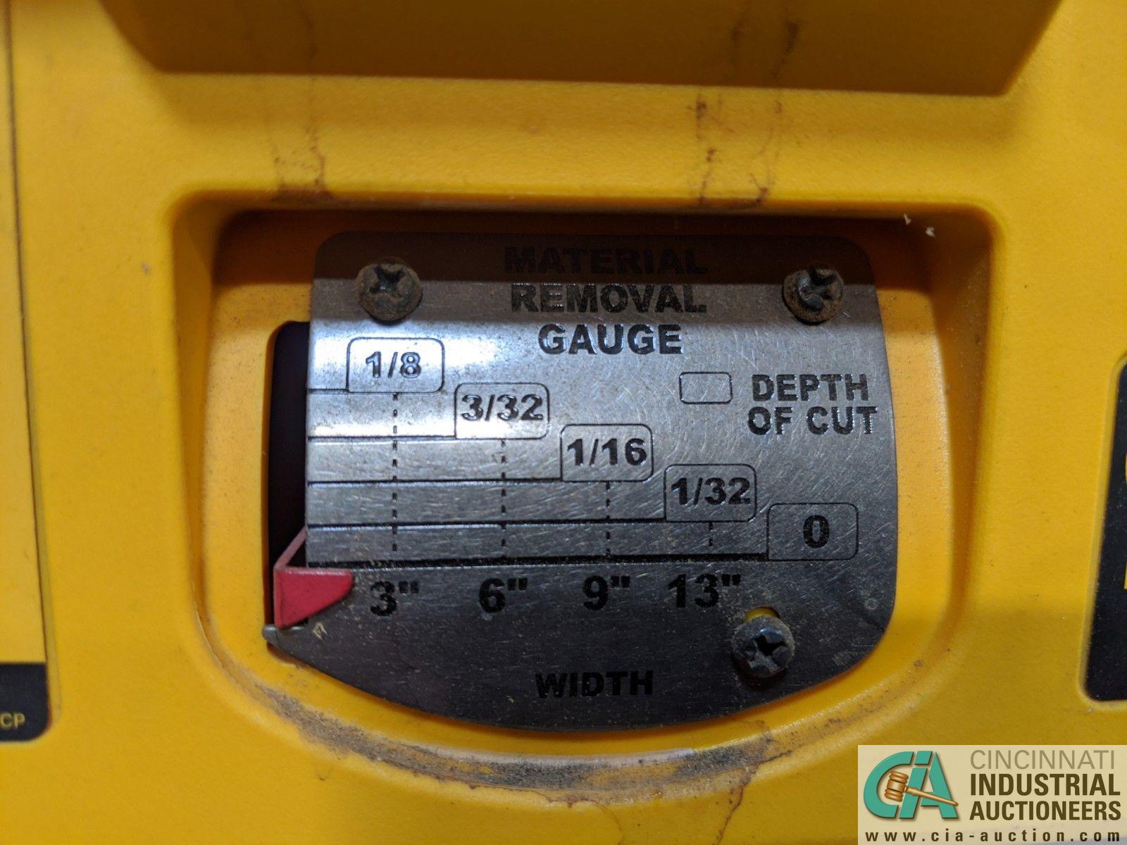 "13"" THICKNESS DEWALT MODEL DW735 PLANER; S/N 2007-52-CTI94585 (8635 East Ave., Mentor, OH 44060 - - Image 5 of 6"