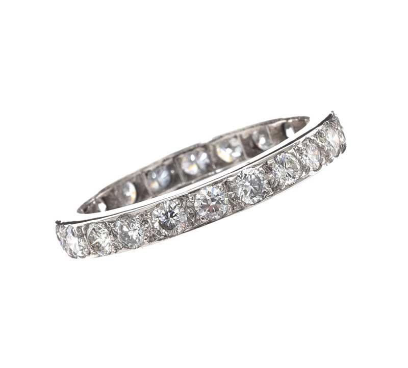 Lot 9 - 18CT WHITE GOLD DIAMOND FULL ETERNITY RING