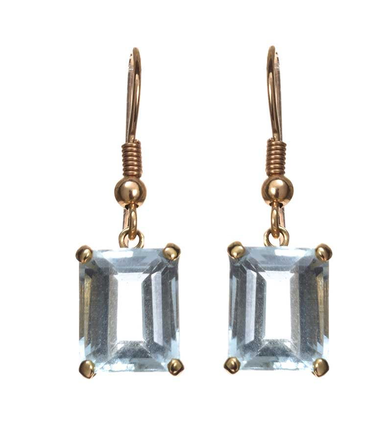 Lot 55 - 9CT GOLD AQUAMARINE EARRINGS