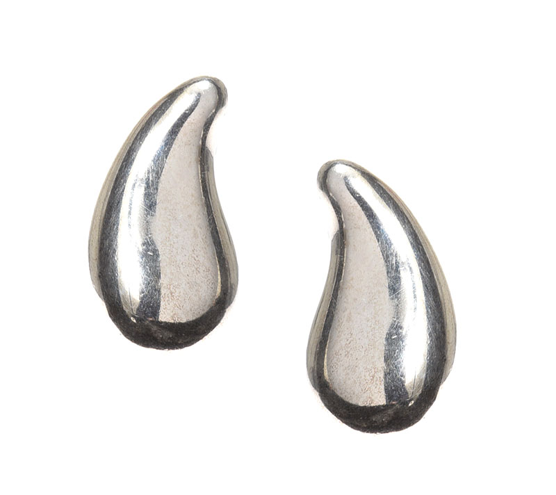 Lot 3 - TIFFANY & CO. ELSA PERETTI STERLING SILVER EARRINGS