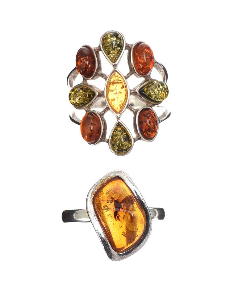 Lot 36 - SELECTION OF STERLING SILVER AMBER-SET JEWELLERY