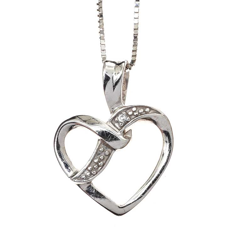 Lot 6 - 9CT WHITE GOLD DIAMOND-SET HEART PENDANT AND CHAIN