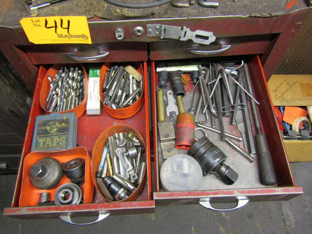 Lot 44 - Dayton 9-Drawer Rolling Tool Box