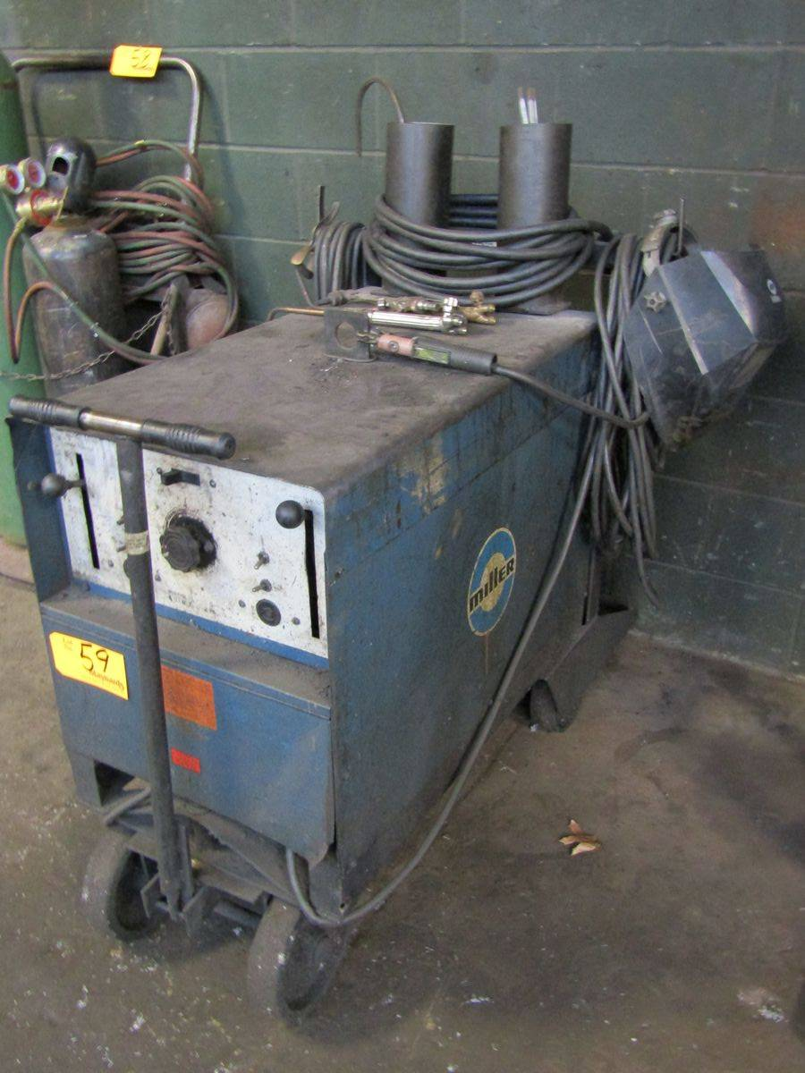 Miller Dialarc HF AC/DC Gas Tungsten-Arc/Shielded Metal Arc Welding Power Source - Image 2 of 3