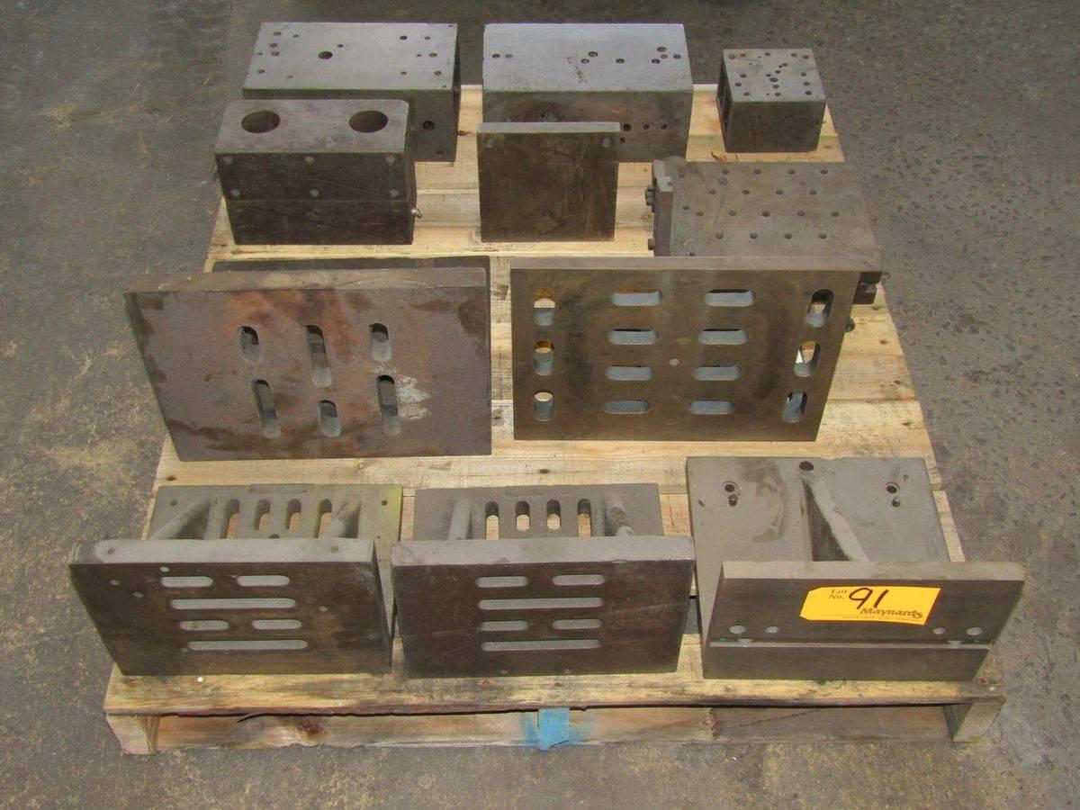 Lot 91 - Pallet of Angle Plates & Sep-Up Blocks
