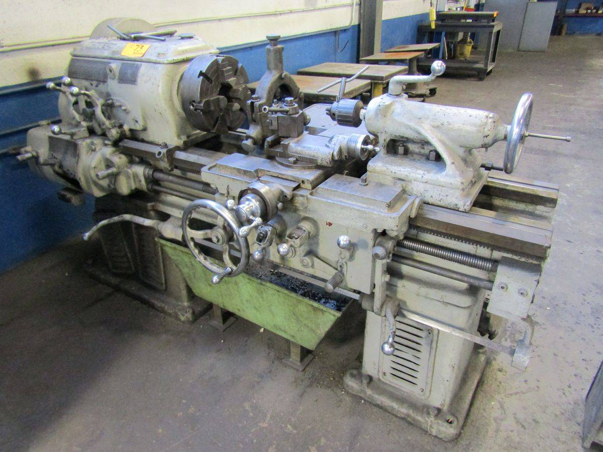 Lot 73 - 1944 Monarch L4AA Engine Lathe