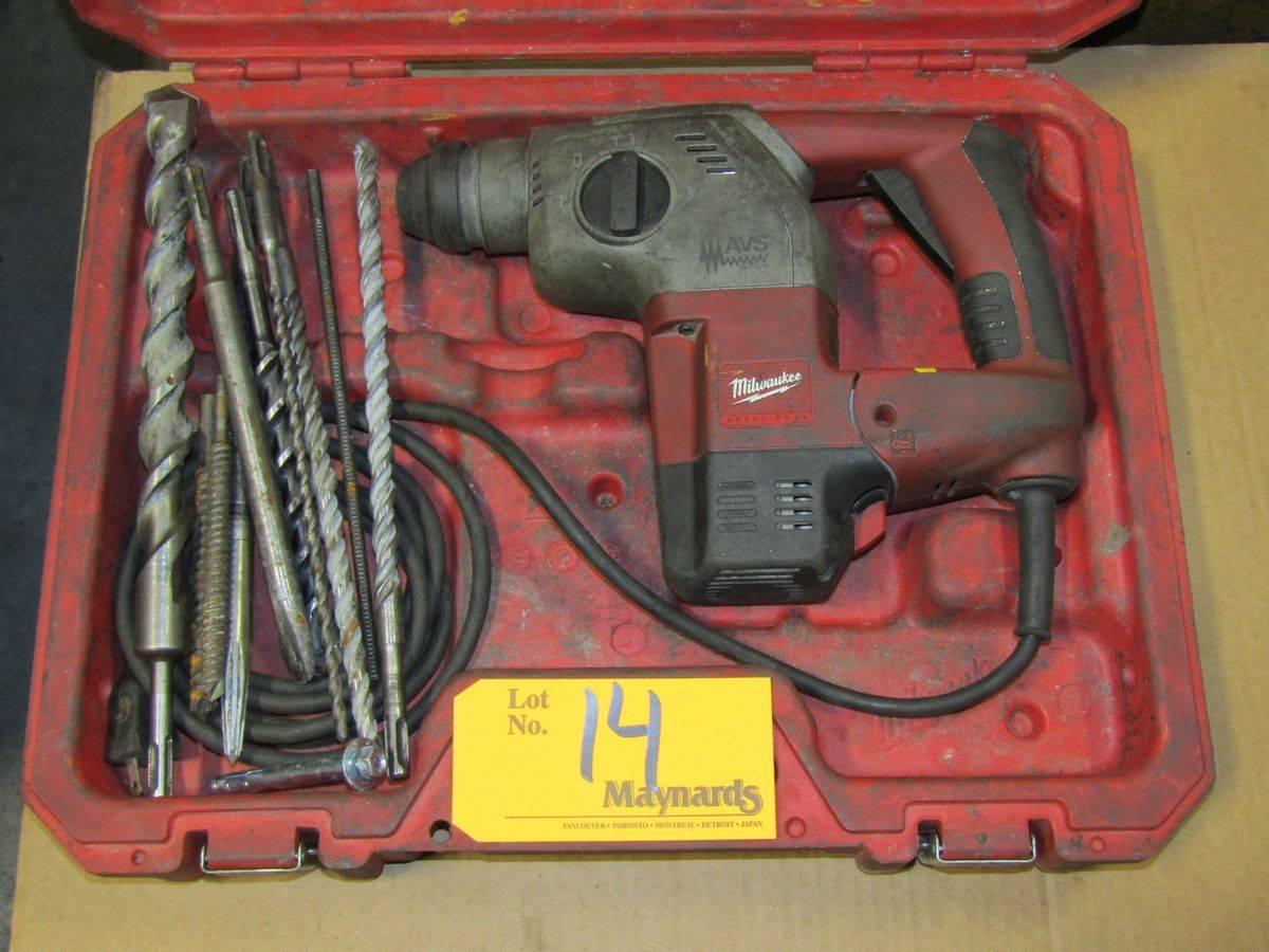 """Milwaukee 5363-21 1"""" Rotary Hammer Drill - Image 2 of 2"""